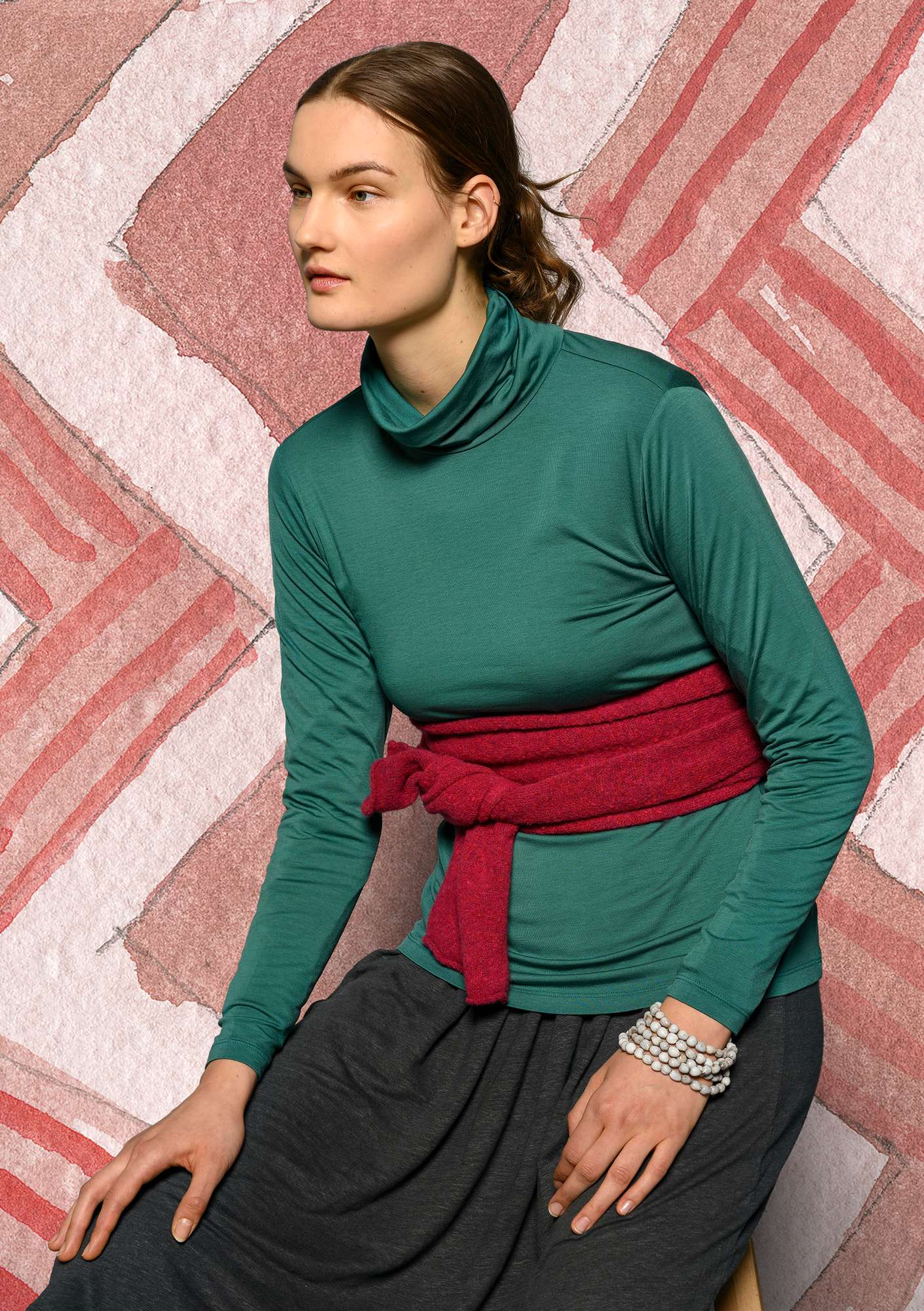 Solid-color turtleneck in lyocell/spandex peacock  green