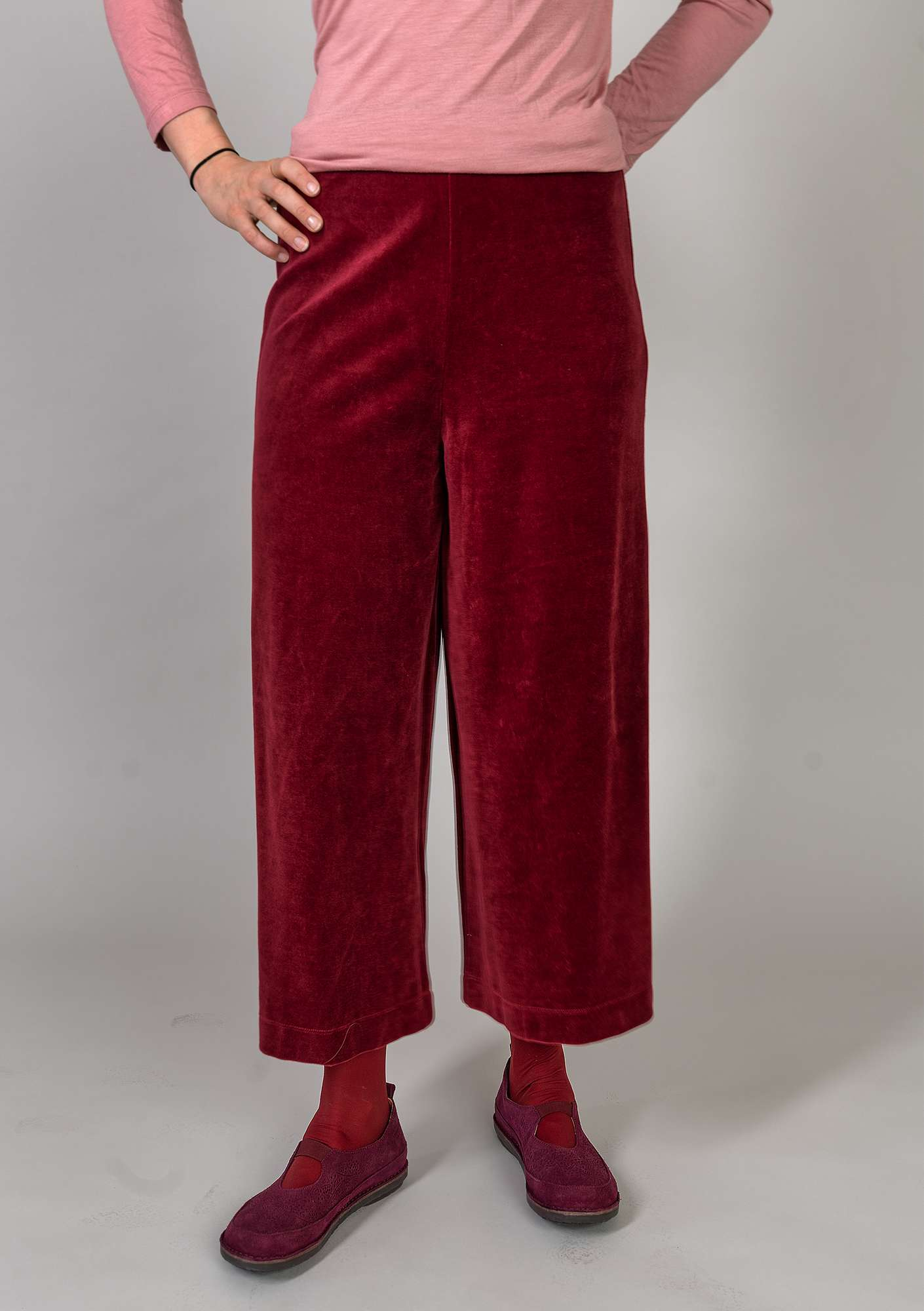 """Vurma"" velour pants in eco-cotton/polyester pomegranate"