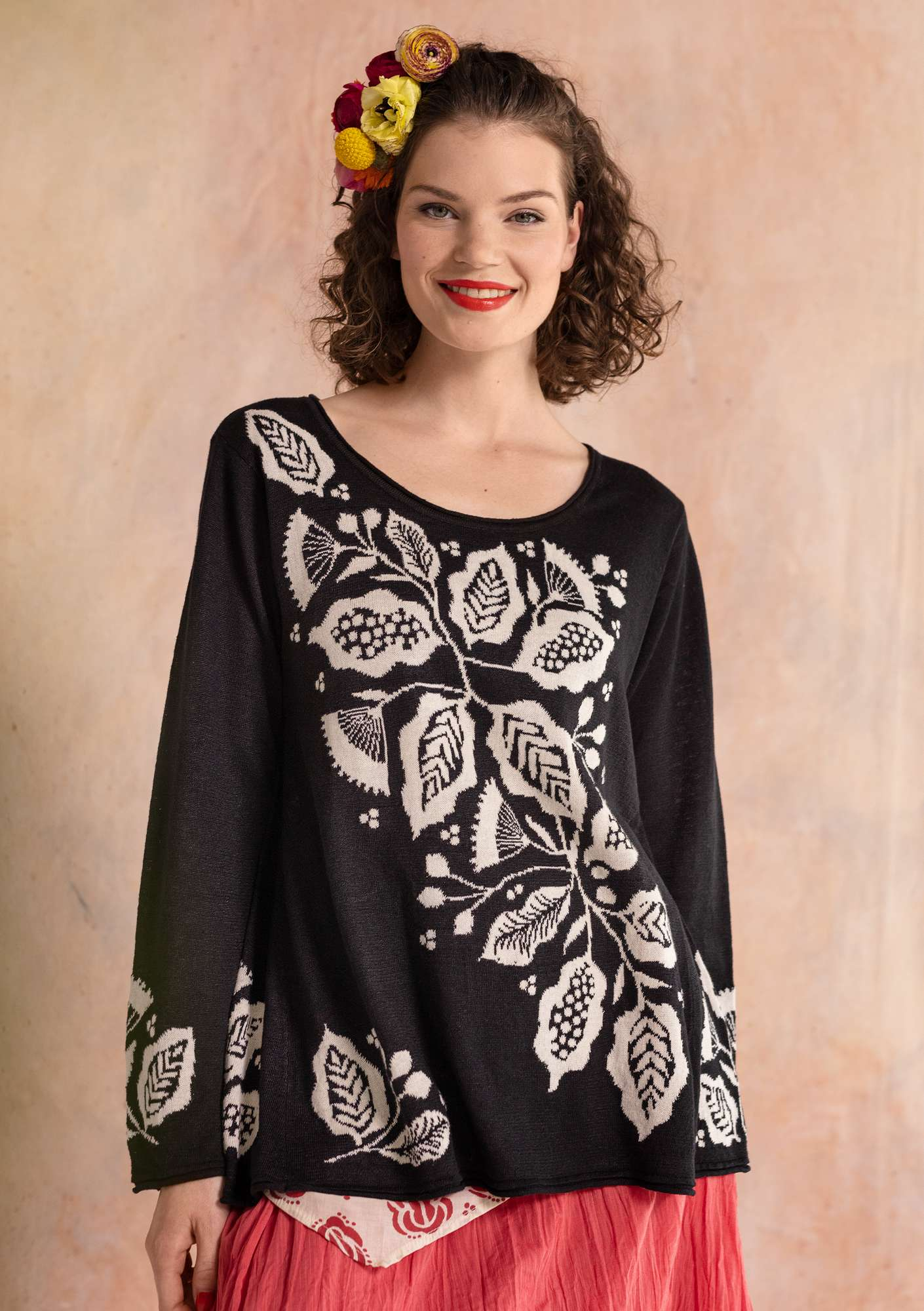 Flamenco knitted sweater black