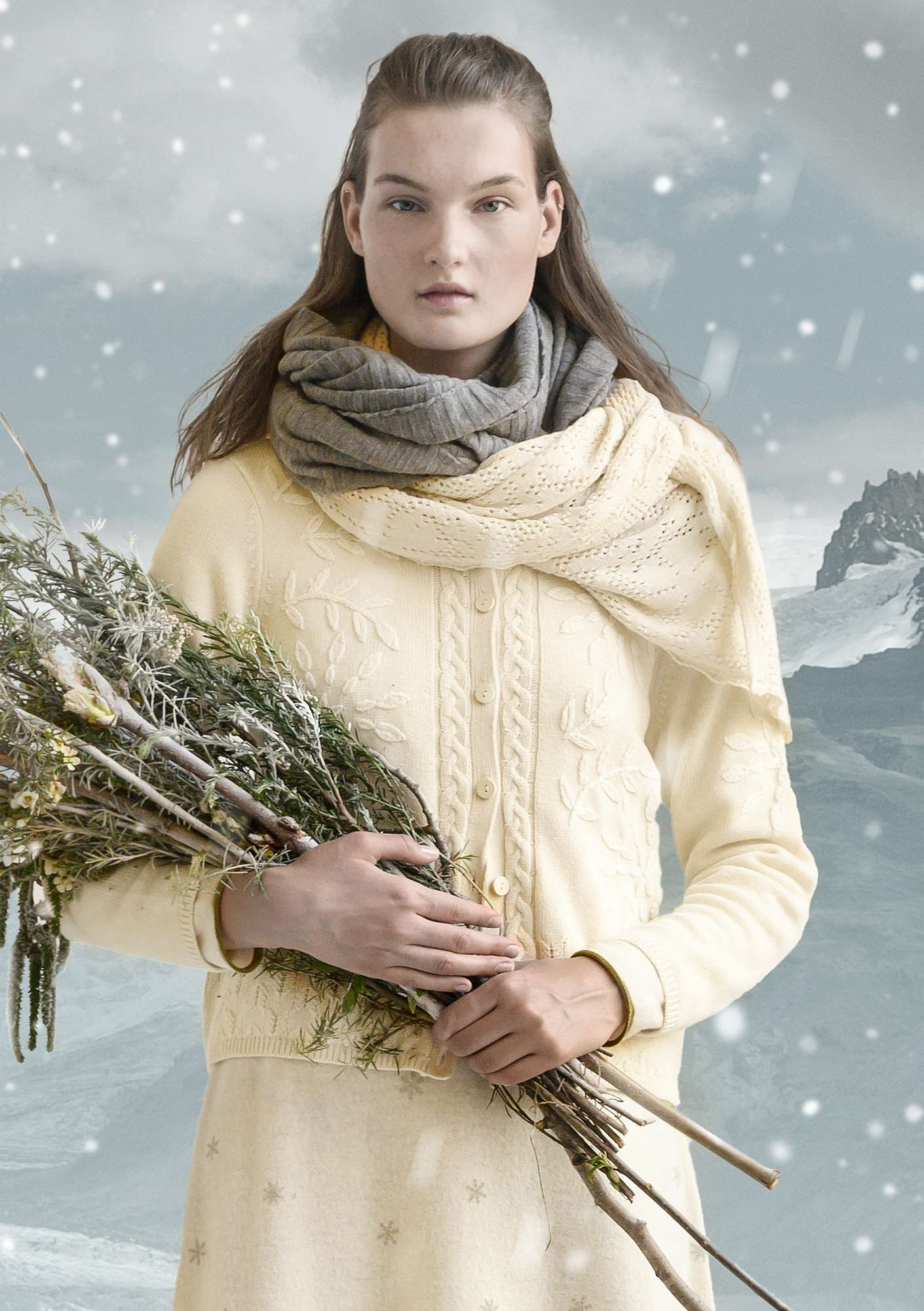 """Embla"" shawl in organic cotton/wool offwhite"