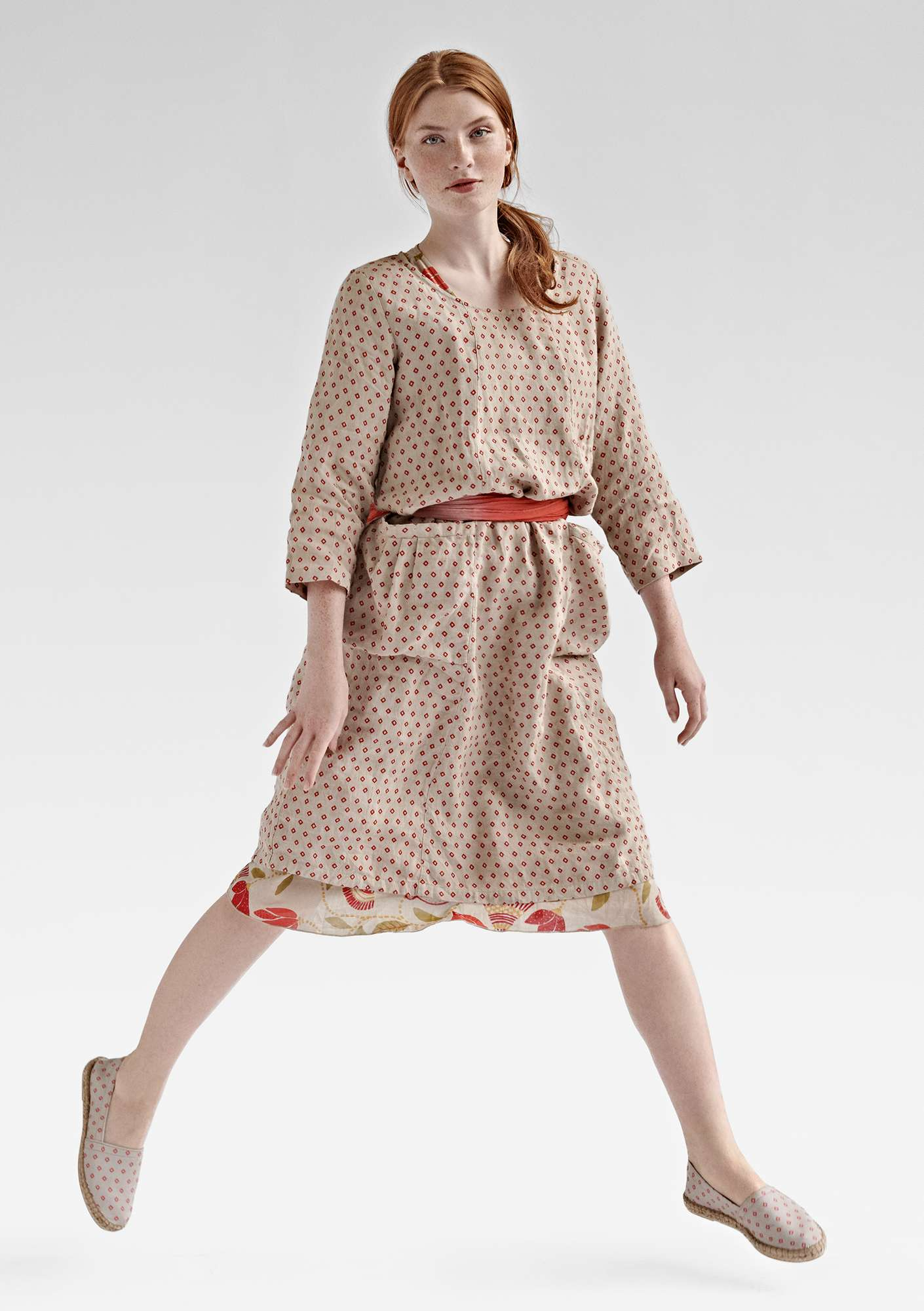 ROMB dress in linen natural/patterned