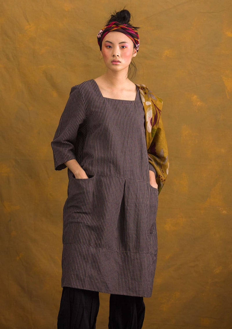 """Lindblom"" dress in organic cotton/linen ash gray/patterned"