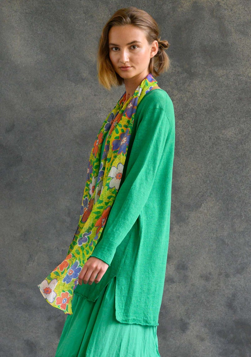 Knit tunic in organic linen lotus green