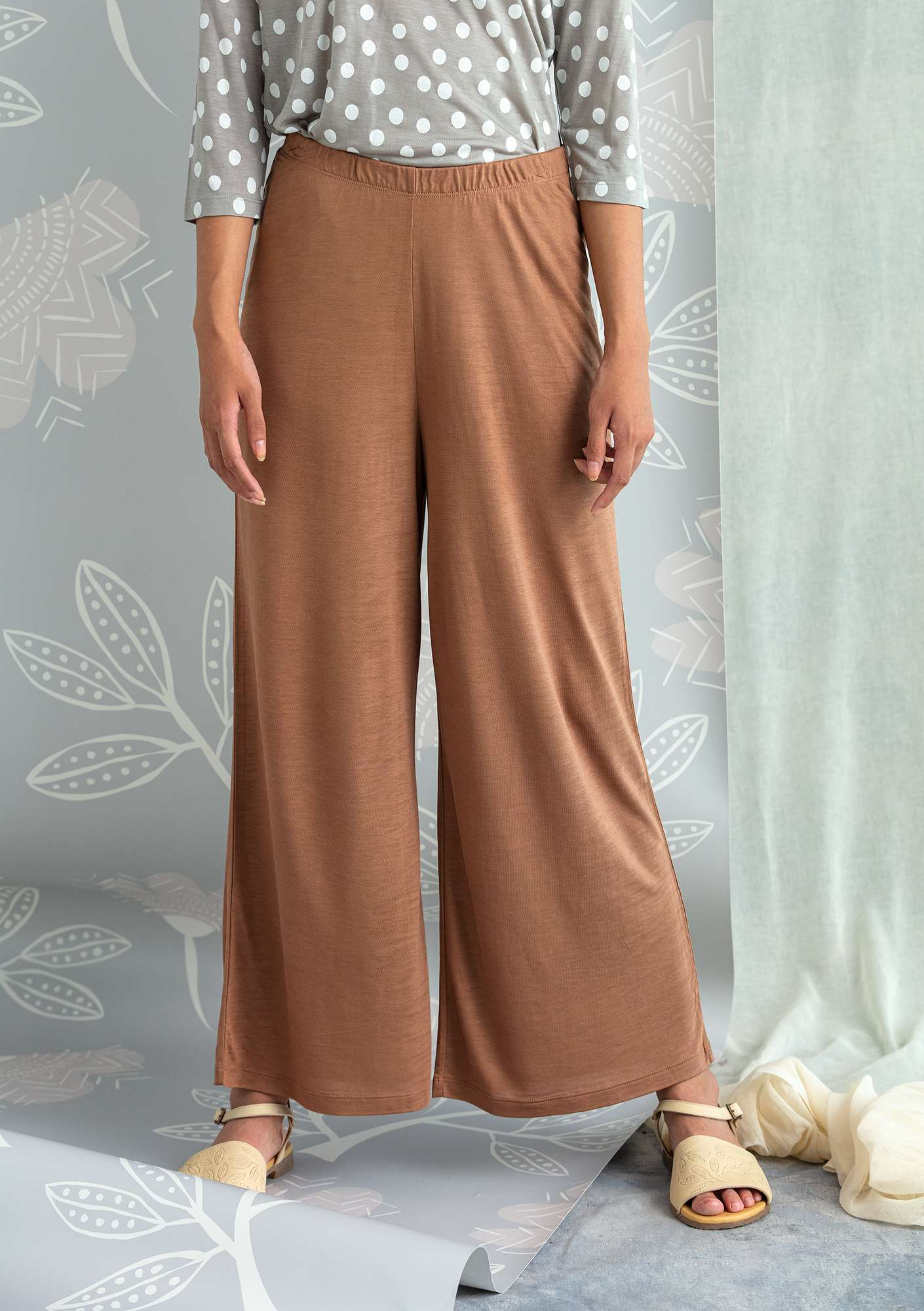 Solid-colored jersey pants cocoa