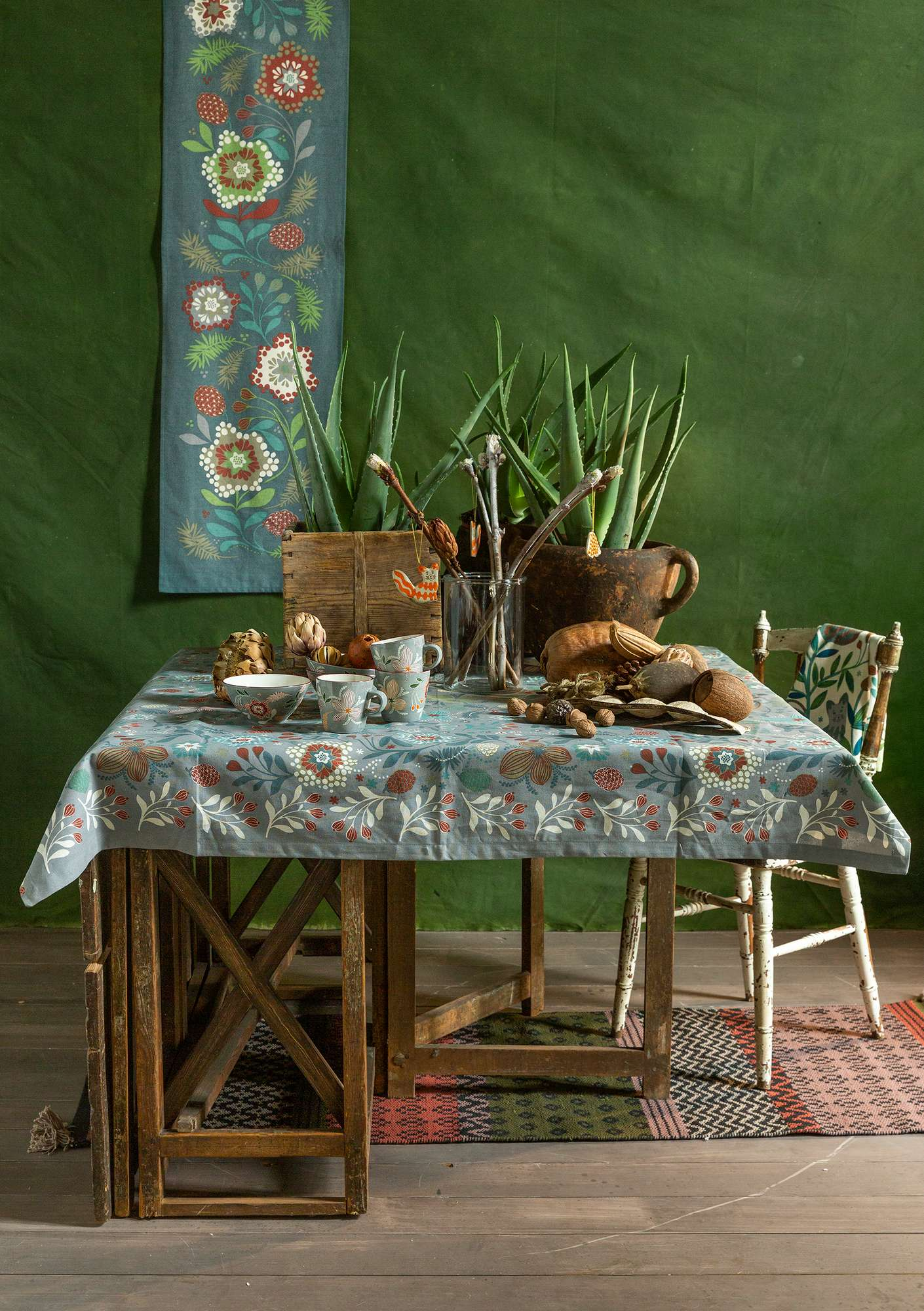 """Nejlika"" organic cotton tablecloth grey"