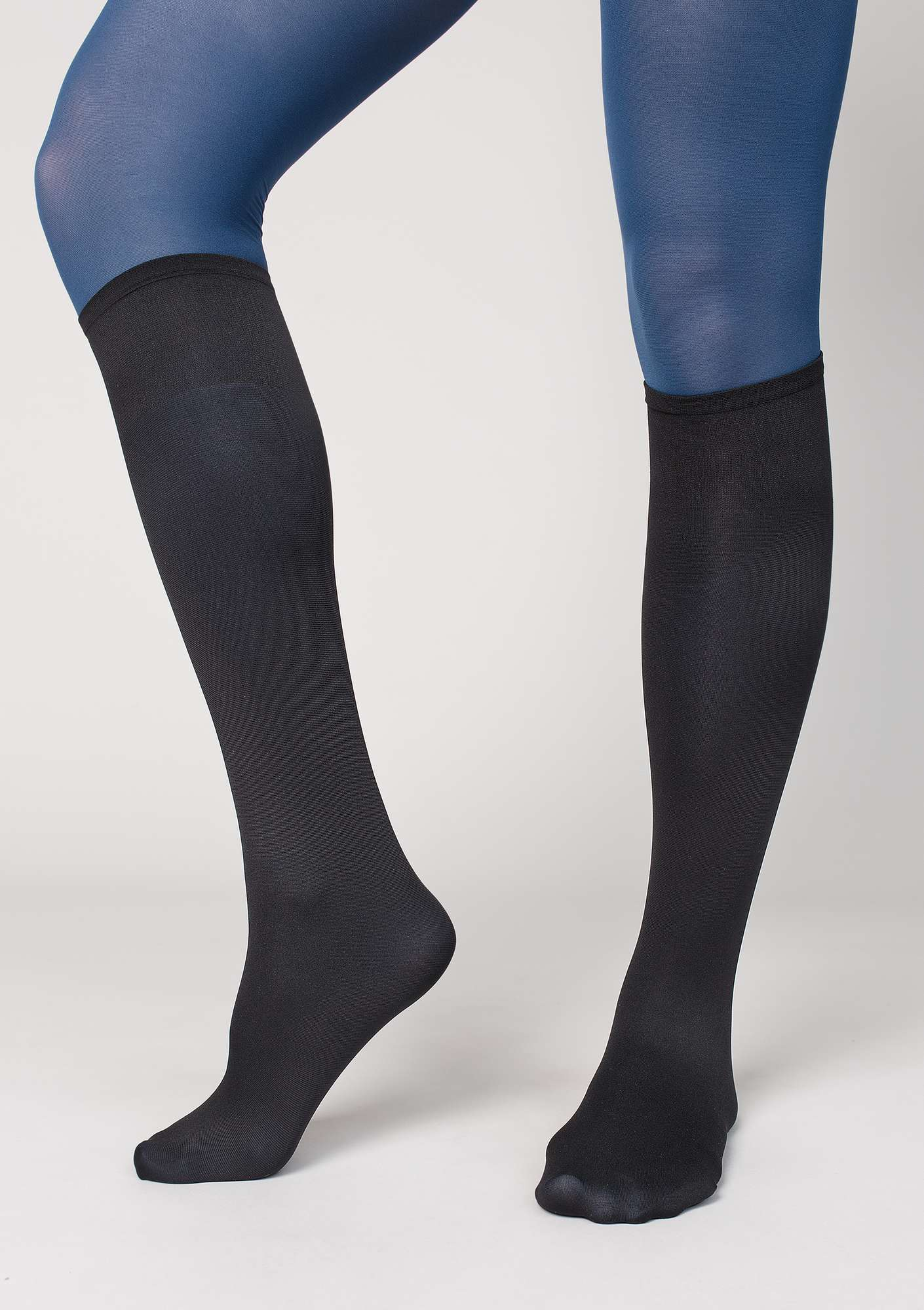 Knee-highs in recycled nylon black