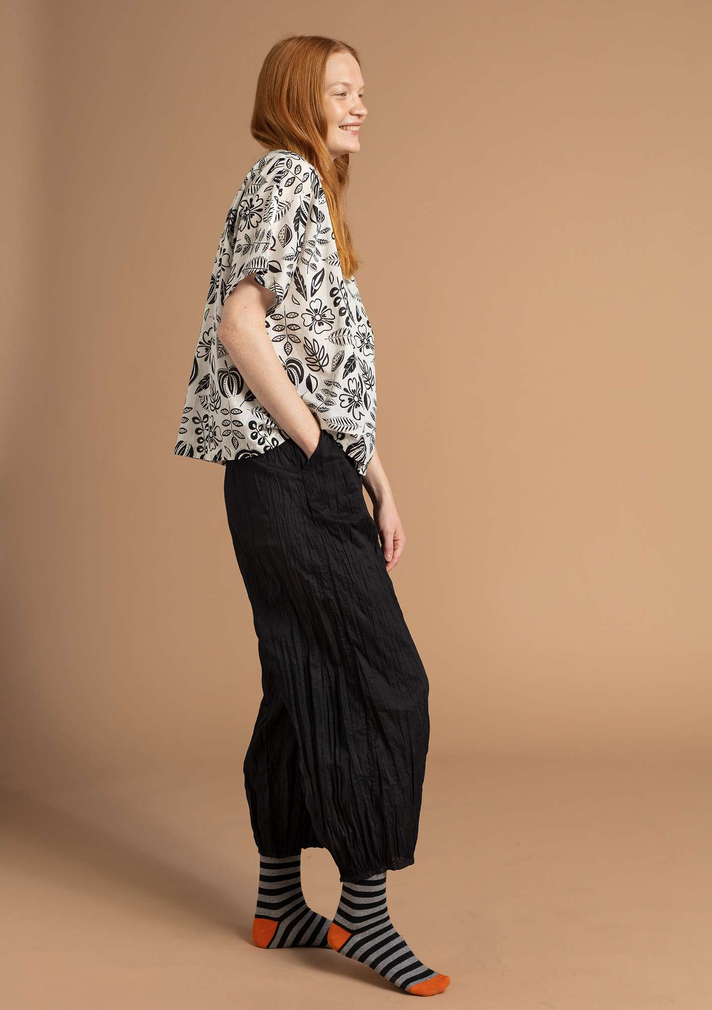 Organic cotton trousers black