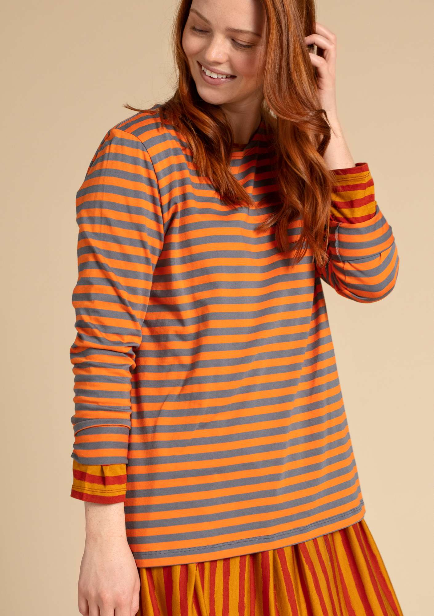 Basic striped shirt in organic cotton nectar/graphite