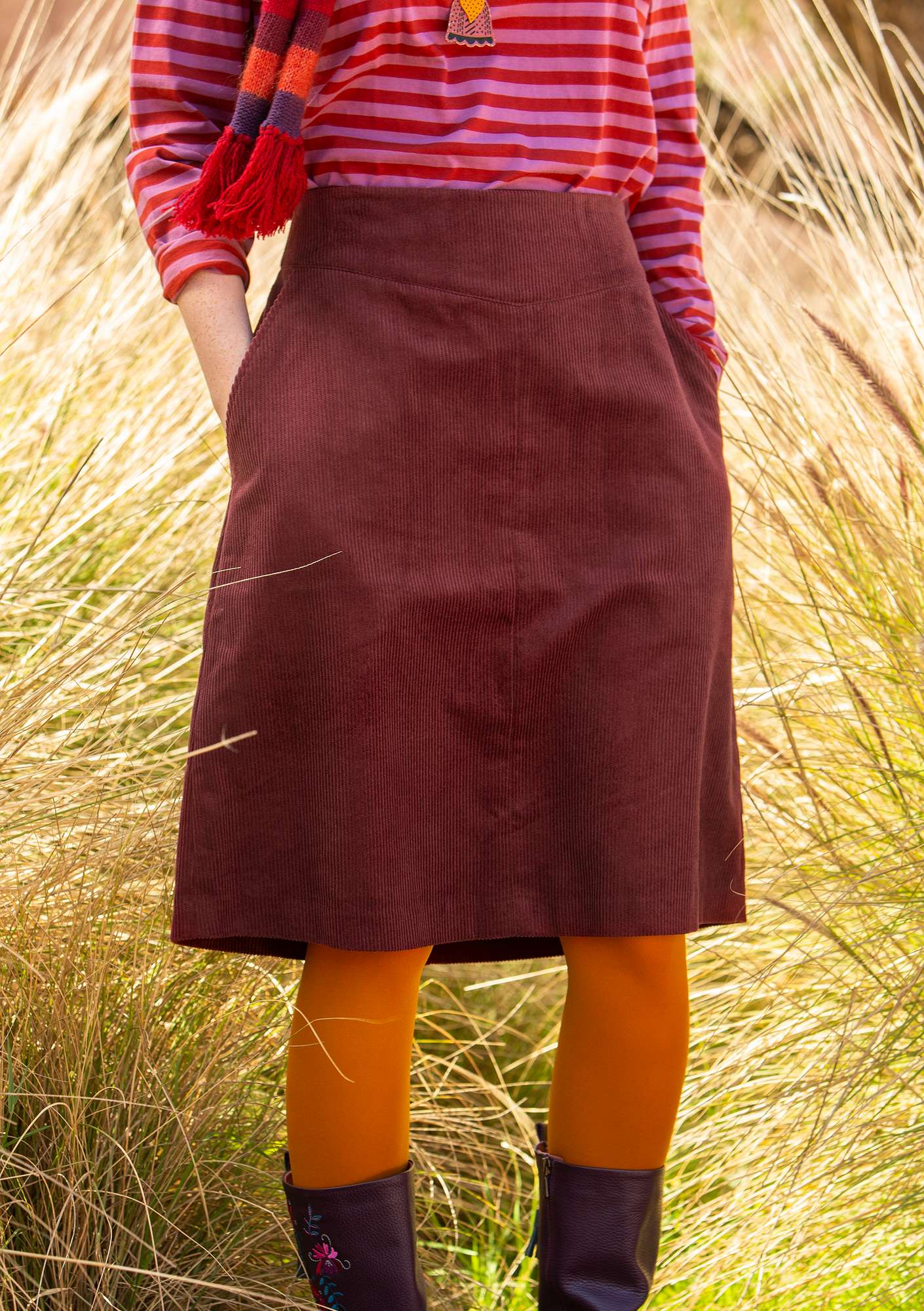 Skirt in eco-cotton corduroy burgundy