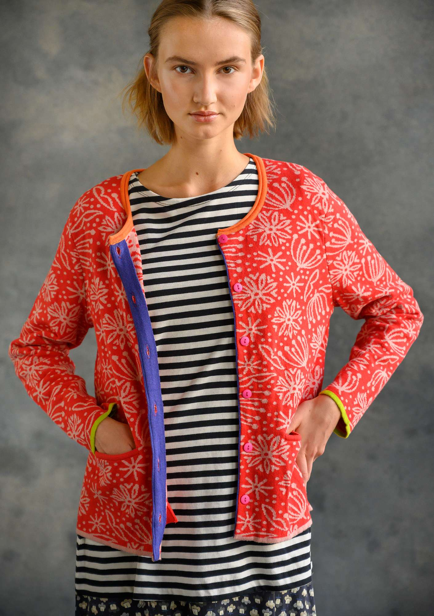 Aqua Cardigan bright red