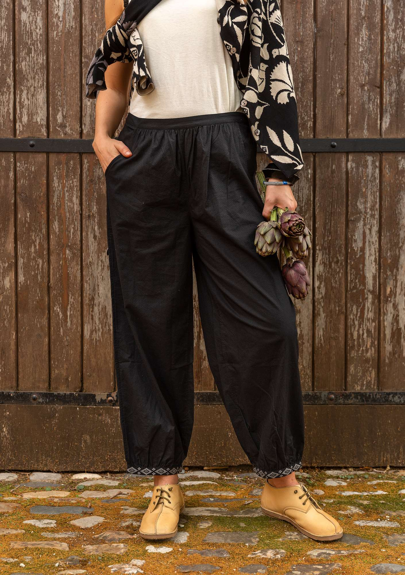 """Mimi"" organic cotton trousers black"