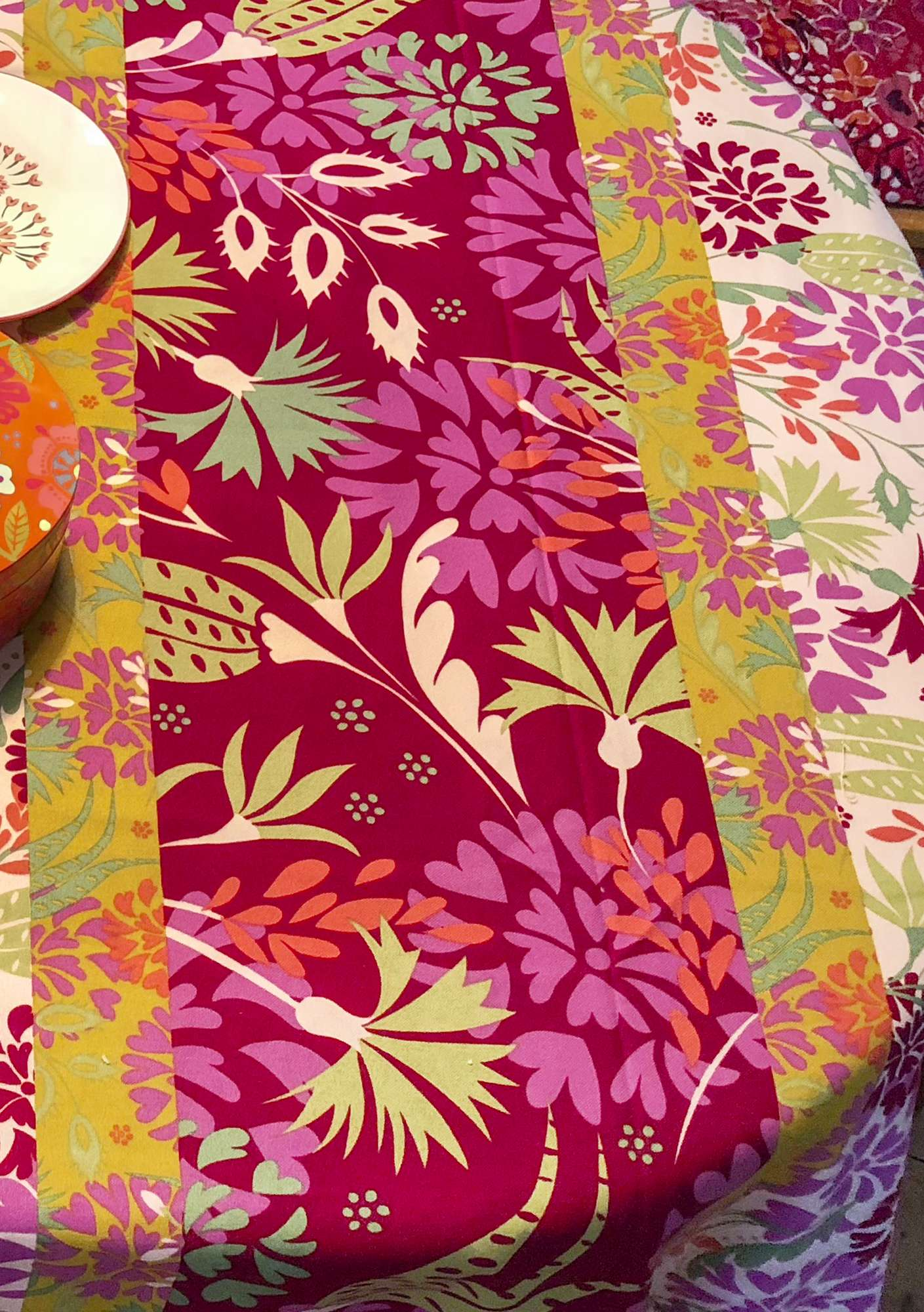 """Fiesta"" yard goods in eco-cotton peony"