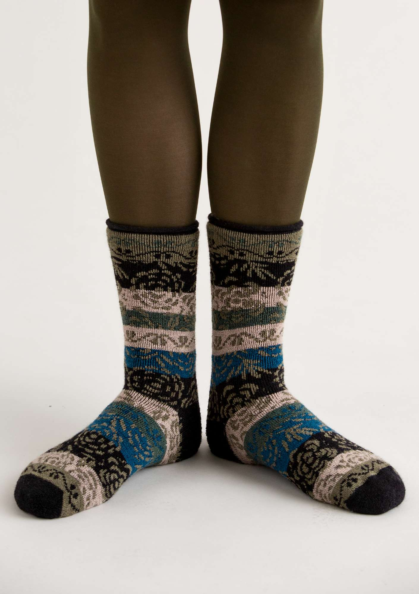 """Blomstermåla"" wool terry socks black"
