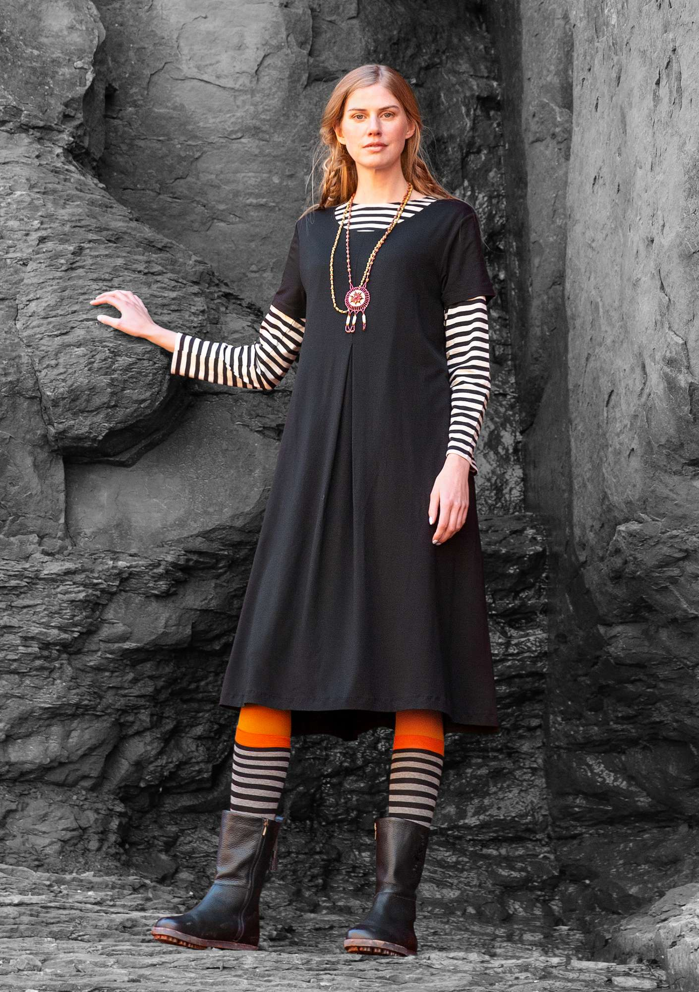 """Paradise"" dress in lyocell/spandex black"