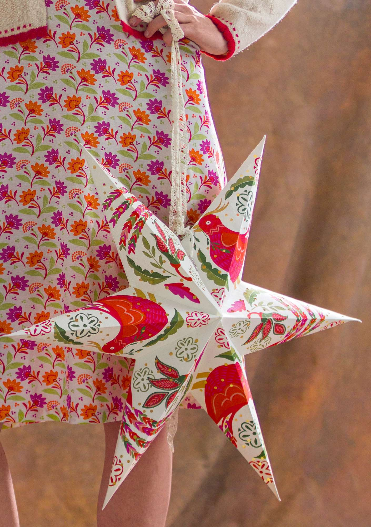 """Paradiset"" paper star bright red"
