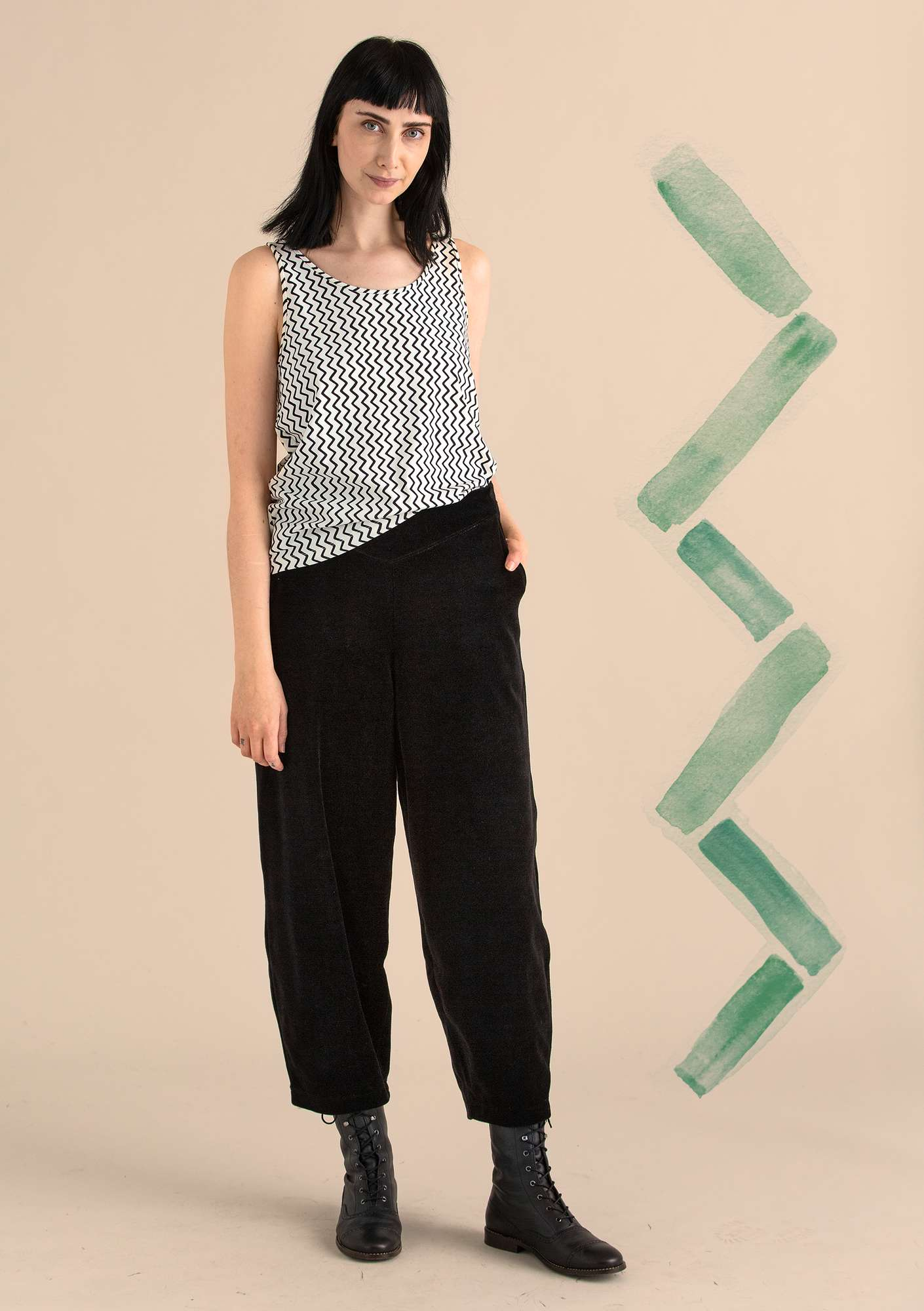 Velour trousers in organic cotton/polyester black