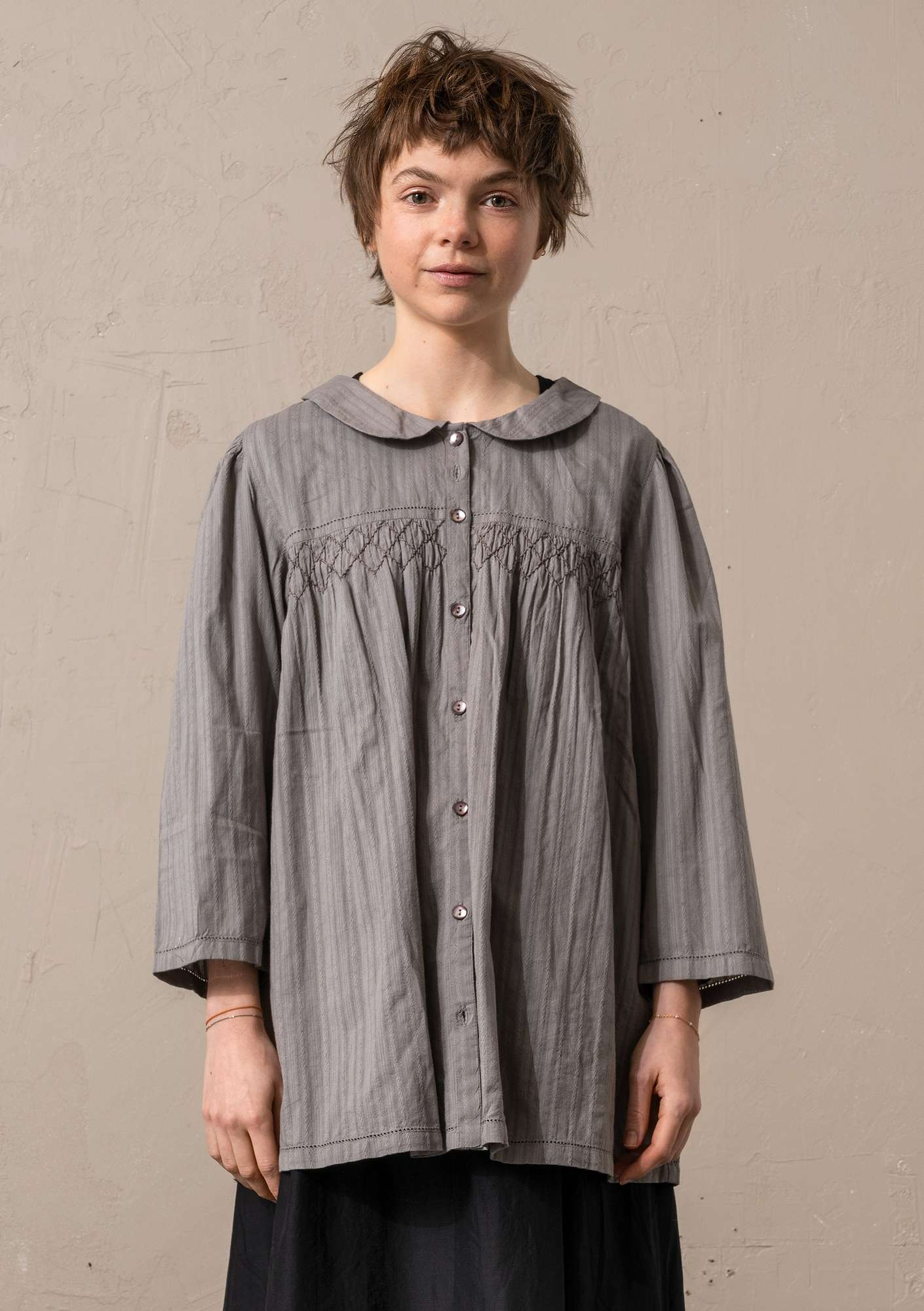 """Fille"" woven blouse in organic cotton natural grey"