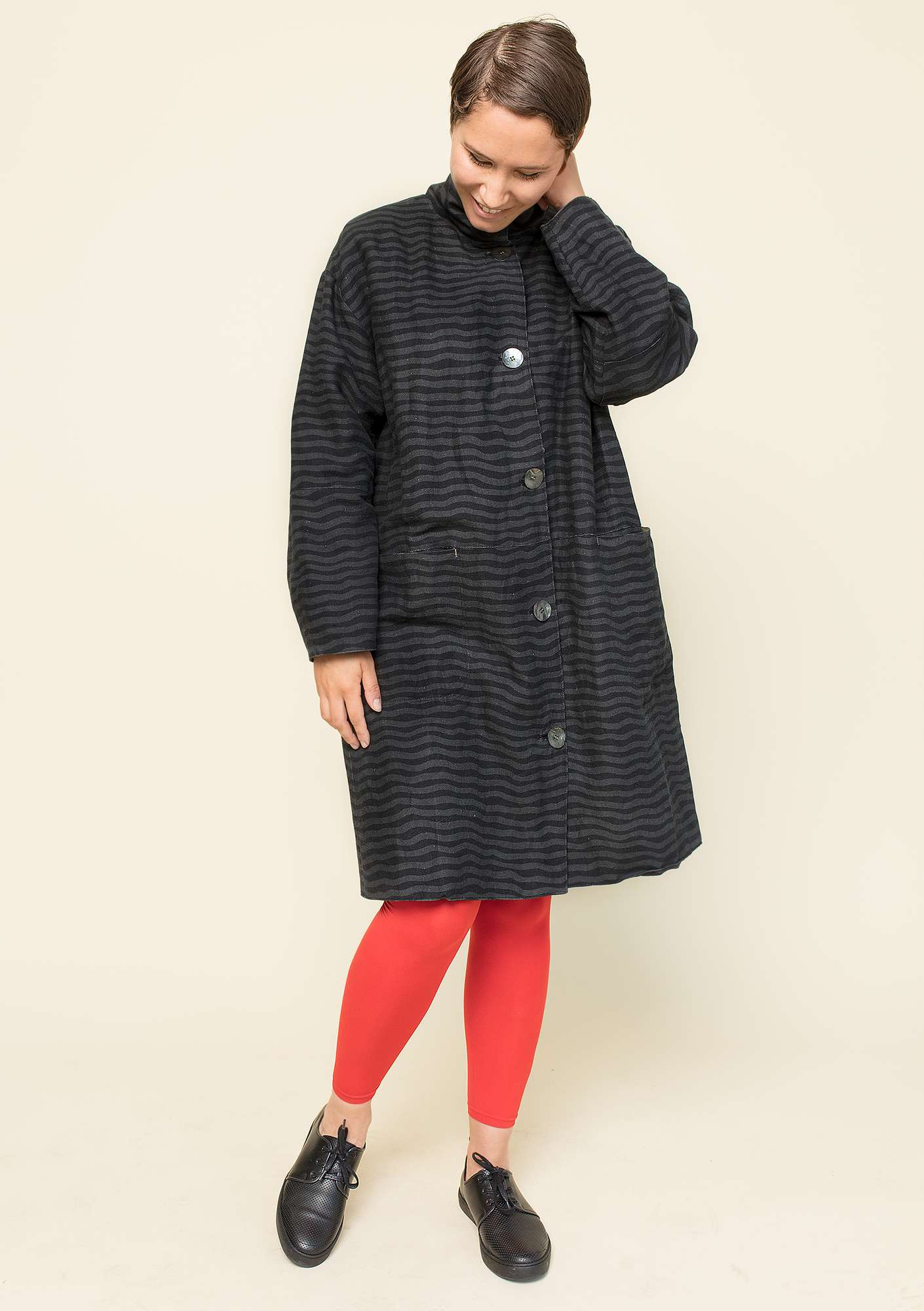 """Krusa"" coat in linen/organic cotton black"