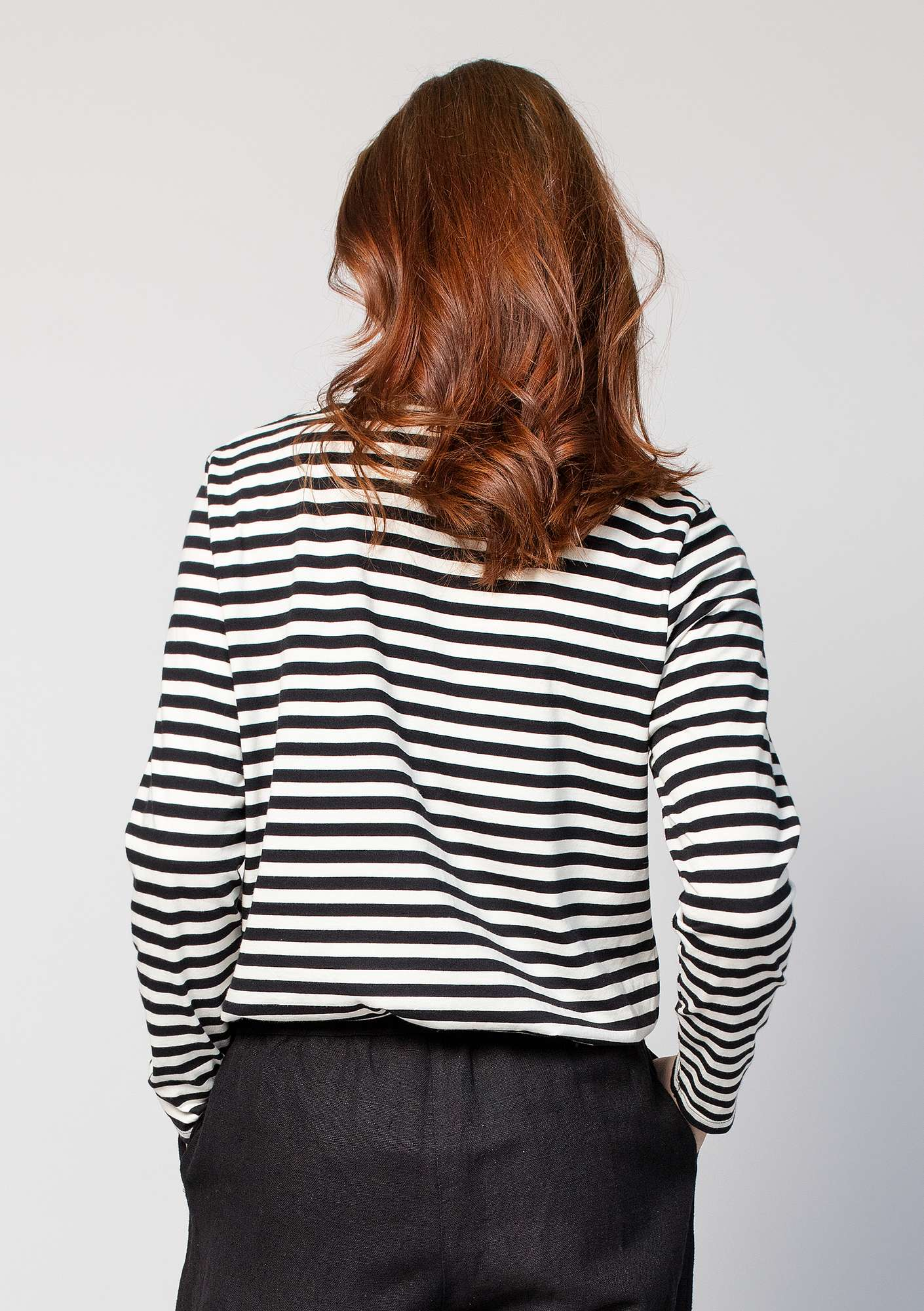 Striped top in organic cotton black/unbleached