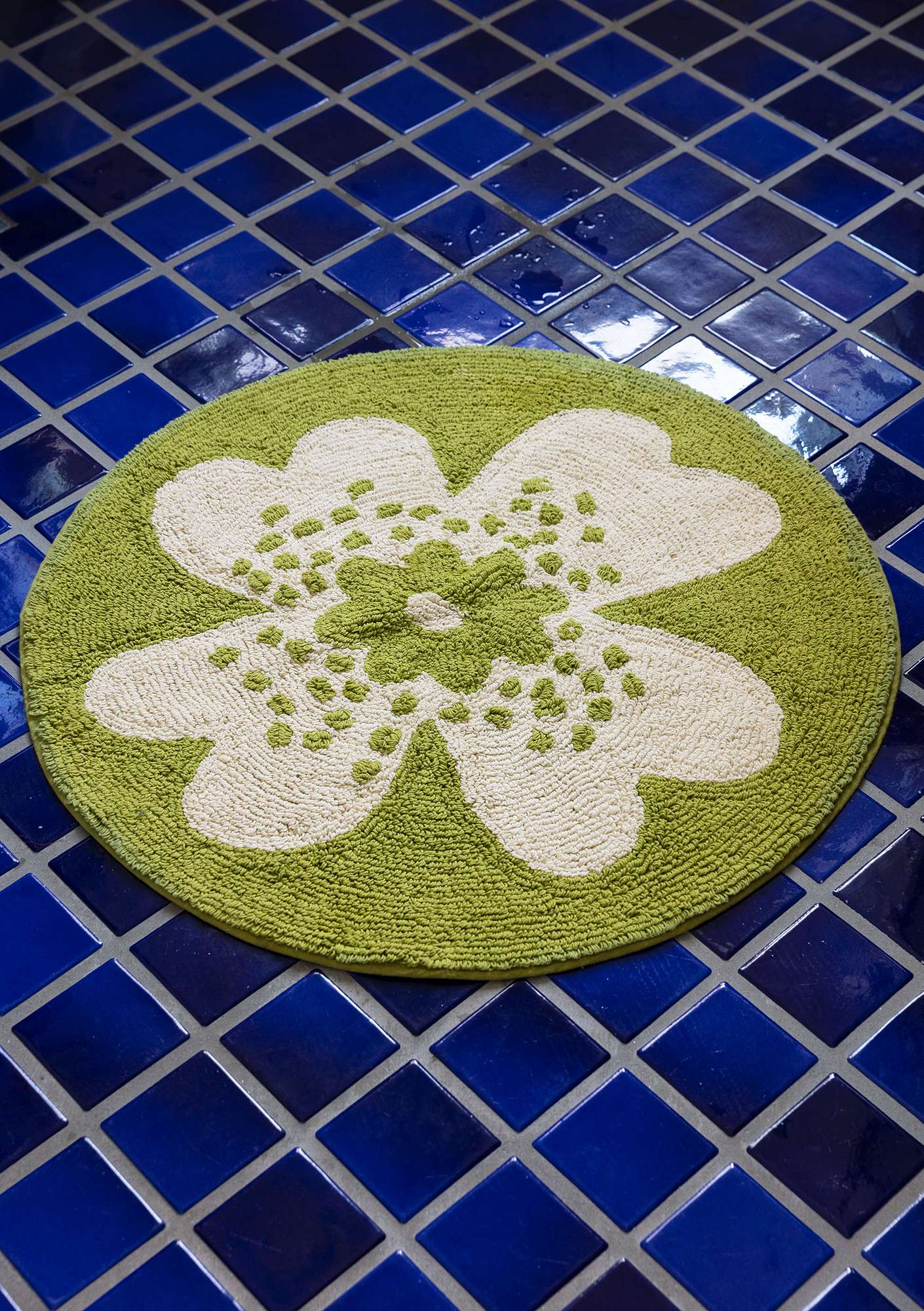 """Solig"" organic cotton bathroom mat asparagus"