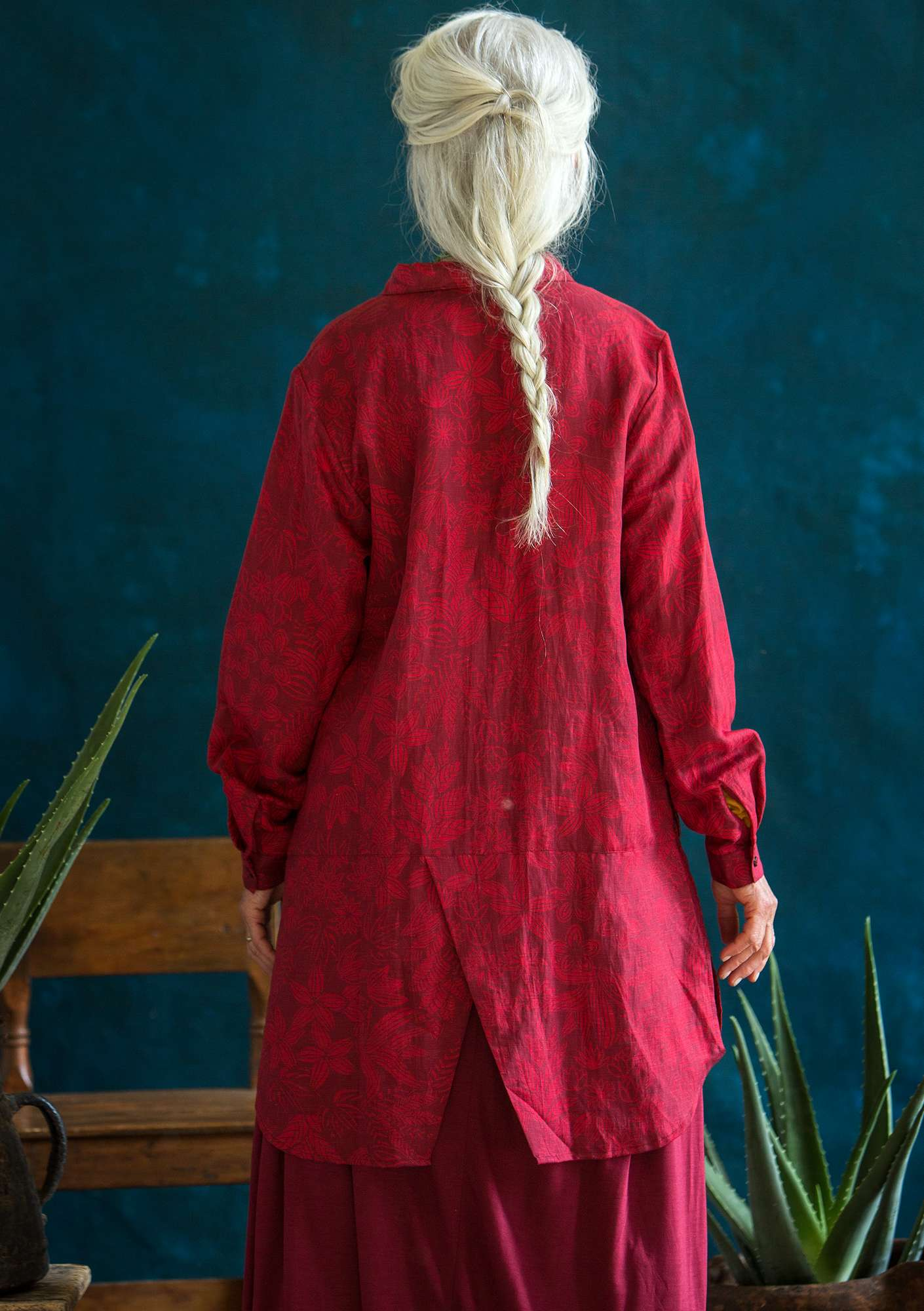 """Kobolt"" long shirt in linen/lyocell pomegranate"