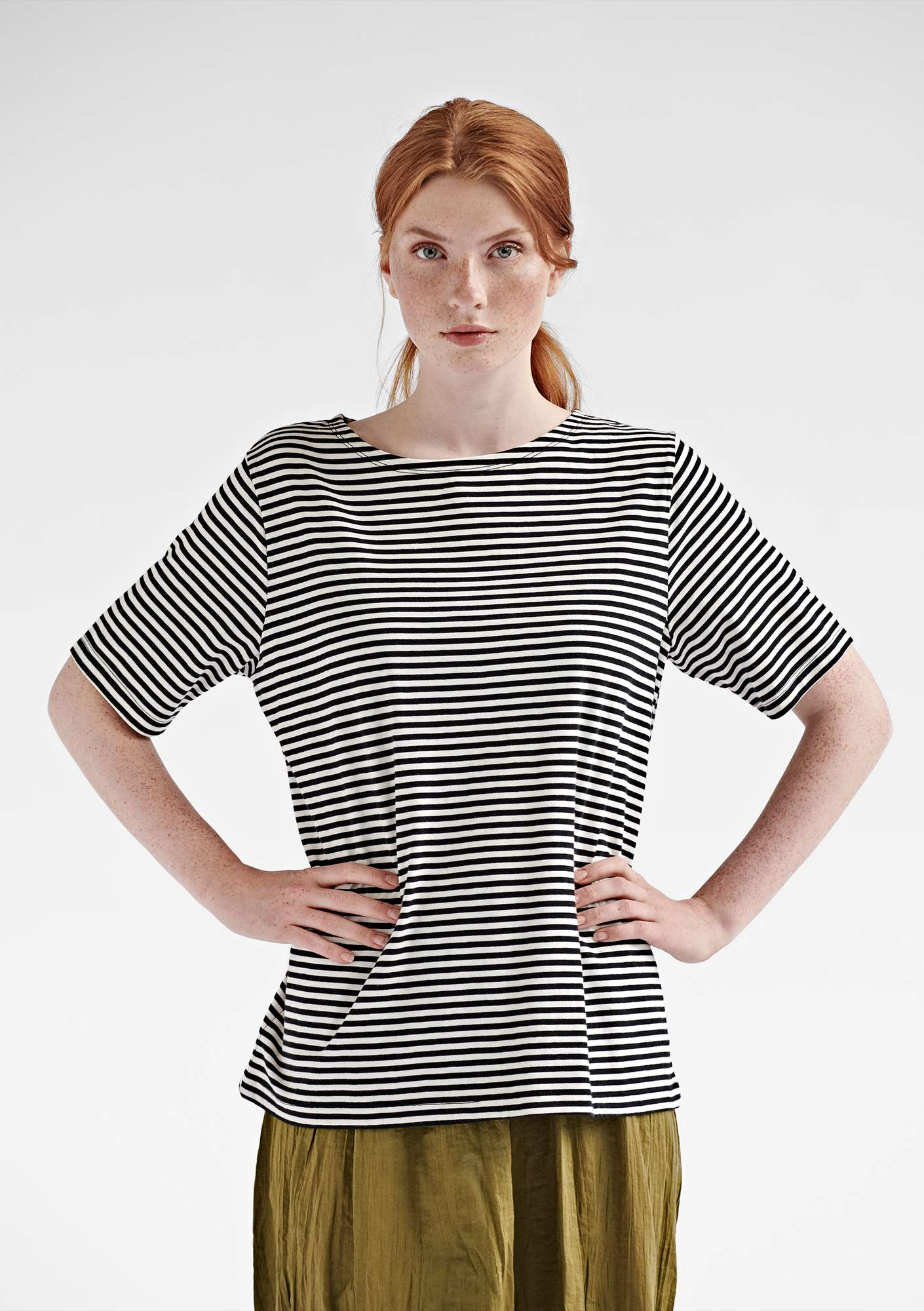 Block-striped T-shirt in eco-cotton black/unbleached