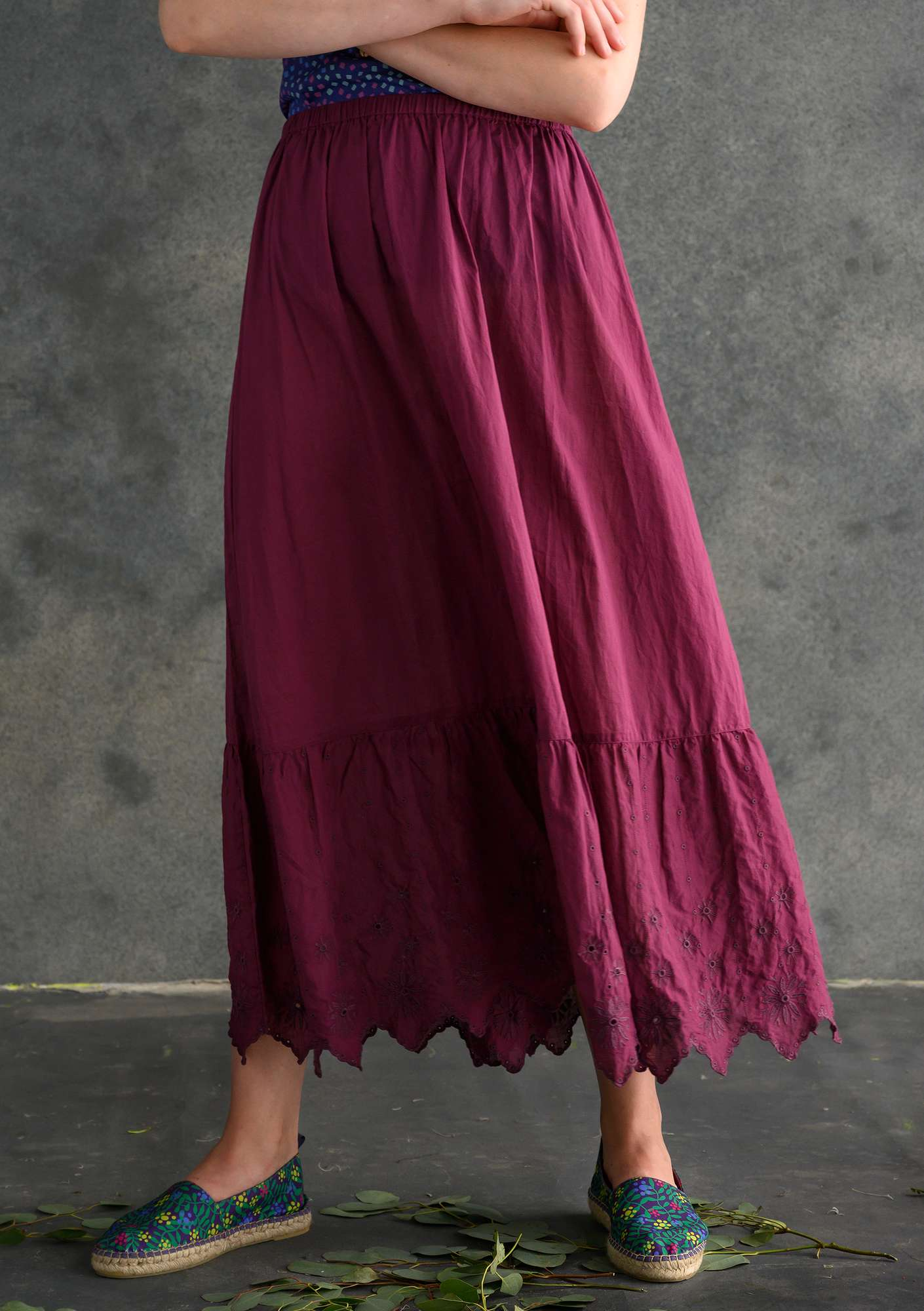 Ruffled organic cotton skirt grape