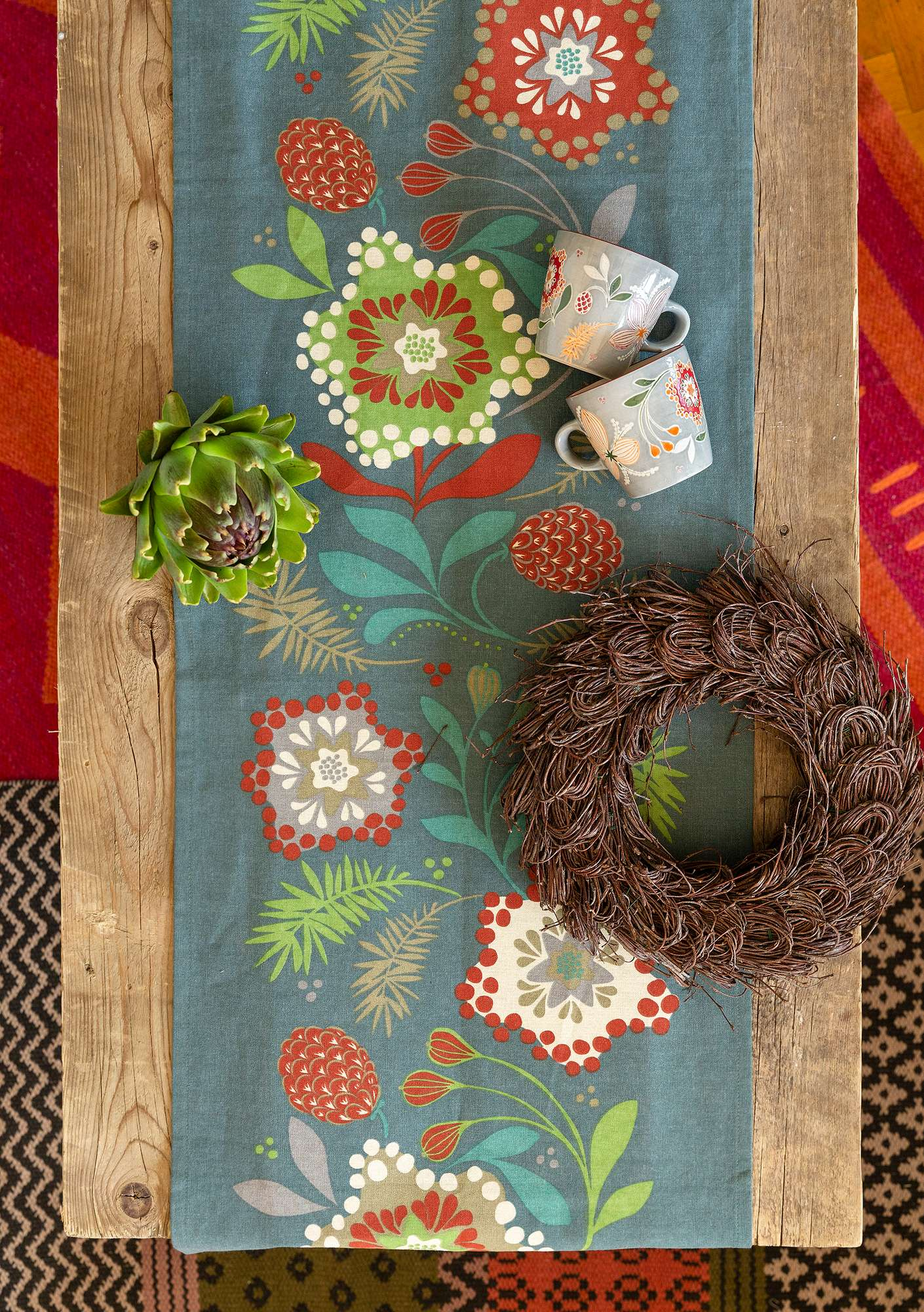 """Nejlika"" organic cotton table runner agave"