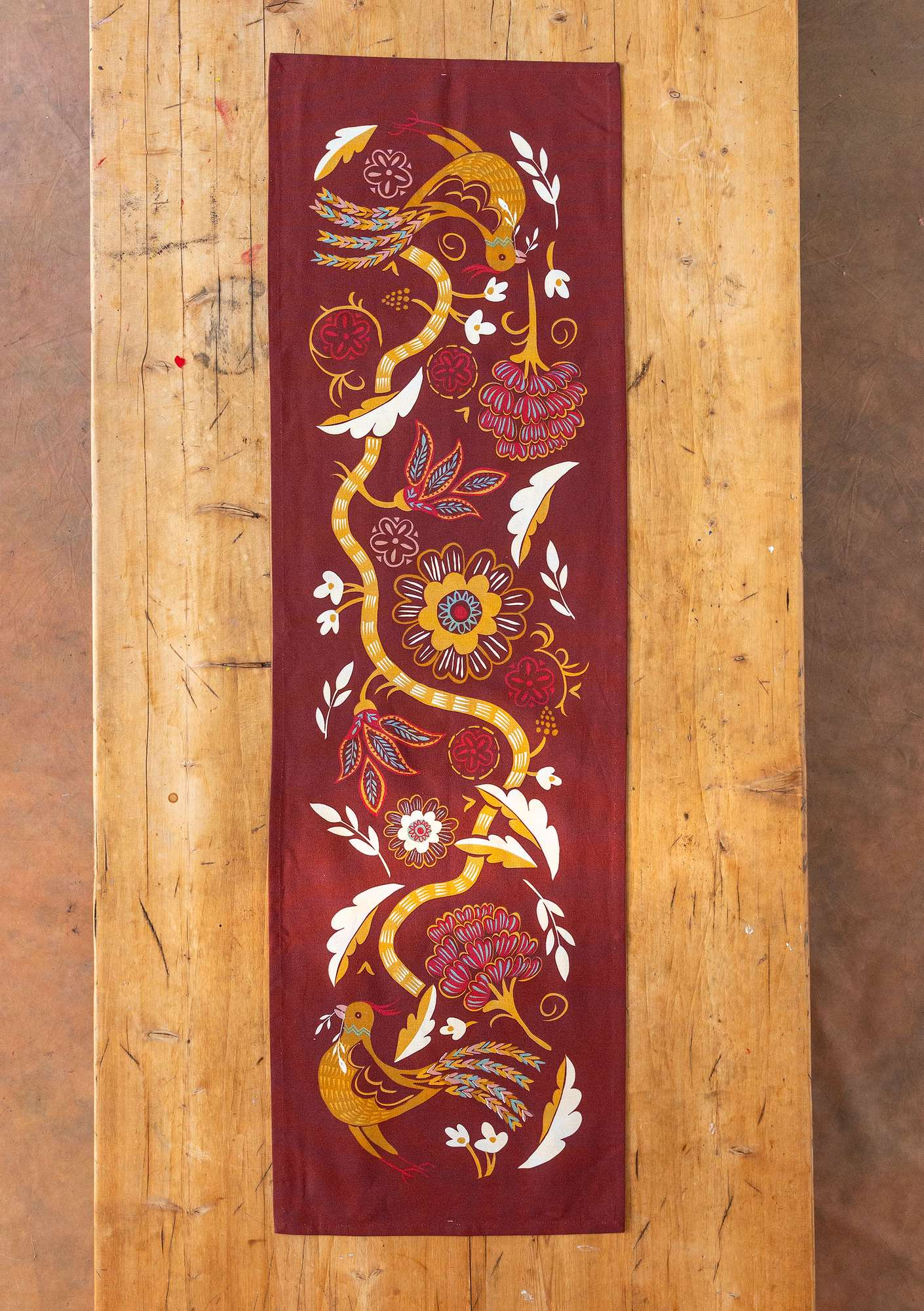 Paradiset table runner agate red