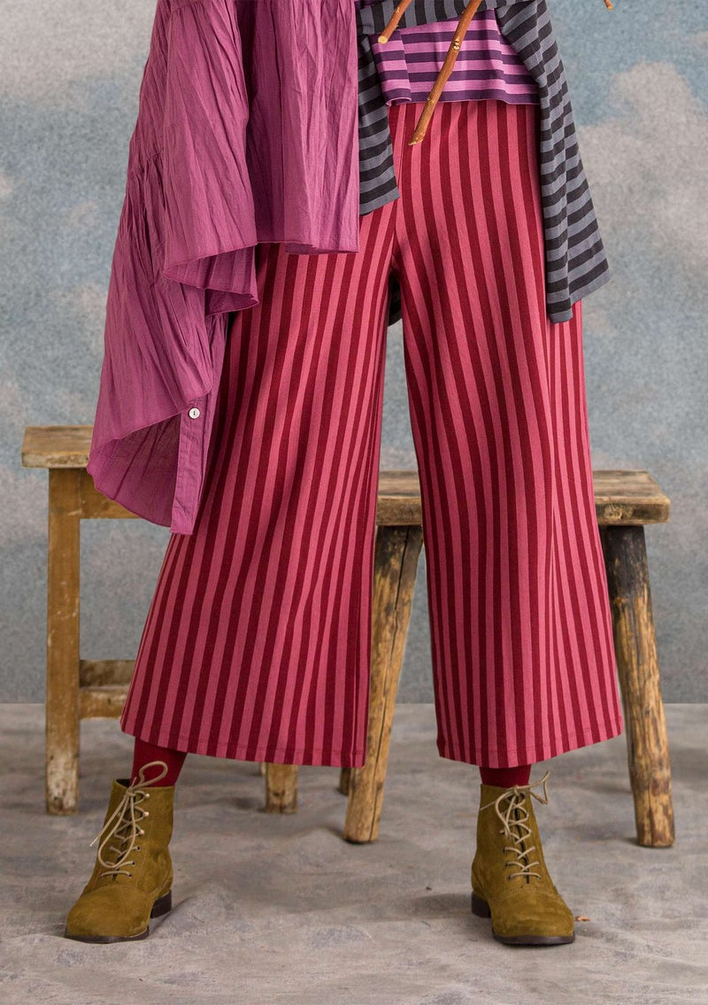 Trousers in modal/cotton/elastane agate red/fig