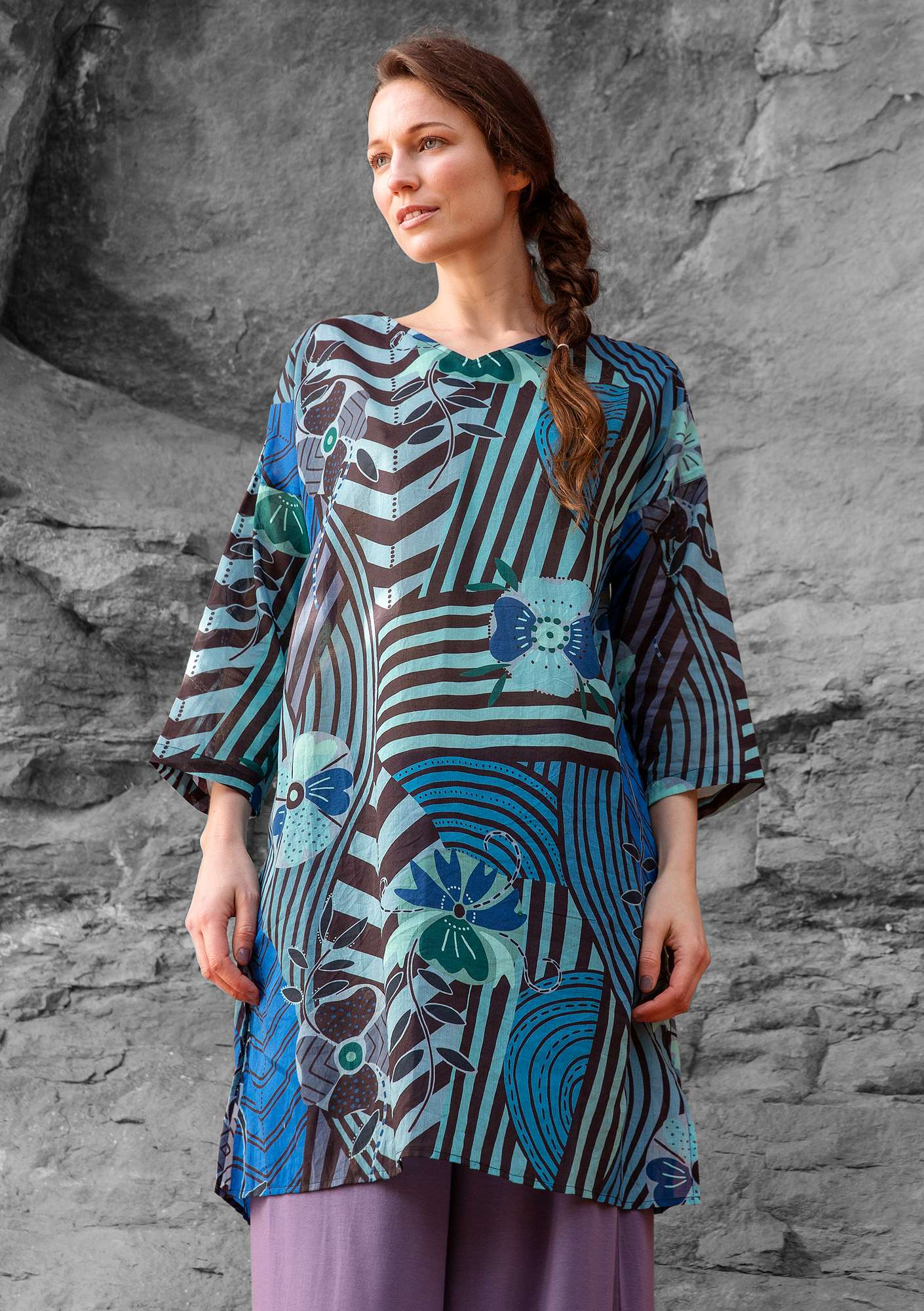 """Artistic"" dress in eco-cotton porcelain blue"