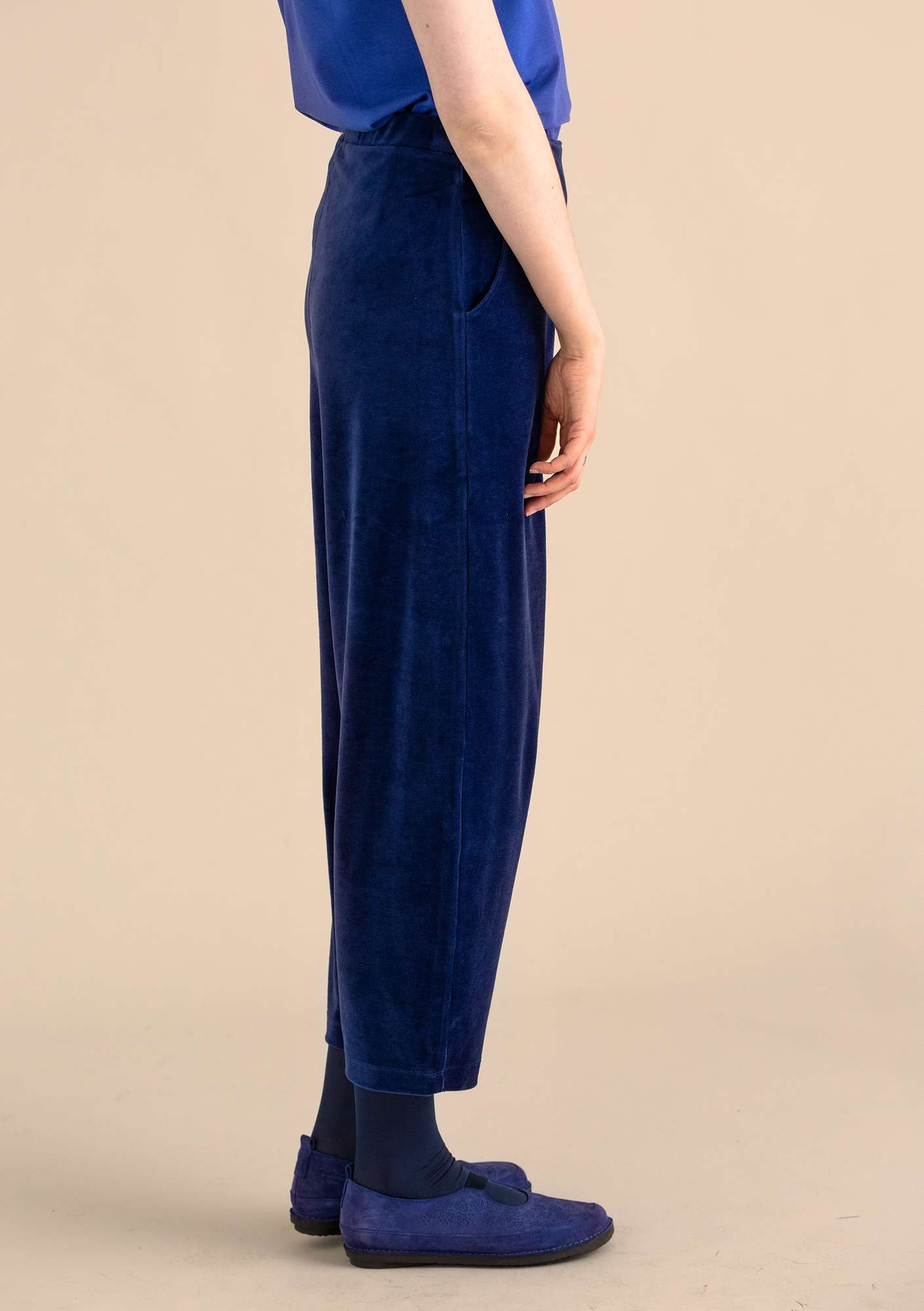 Velour pants in organic cotton/polyester midnight blue