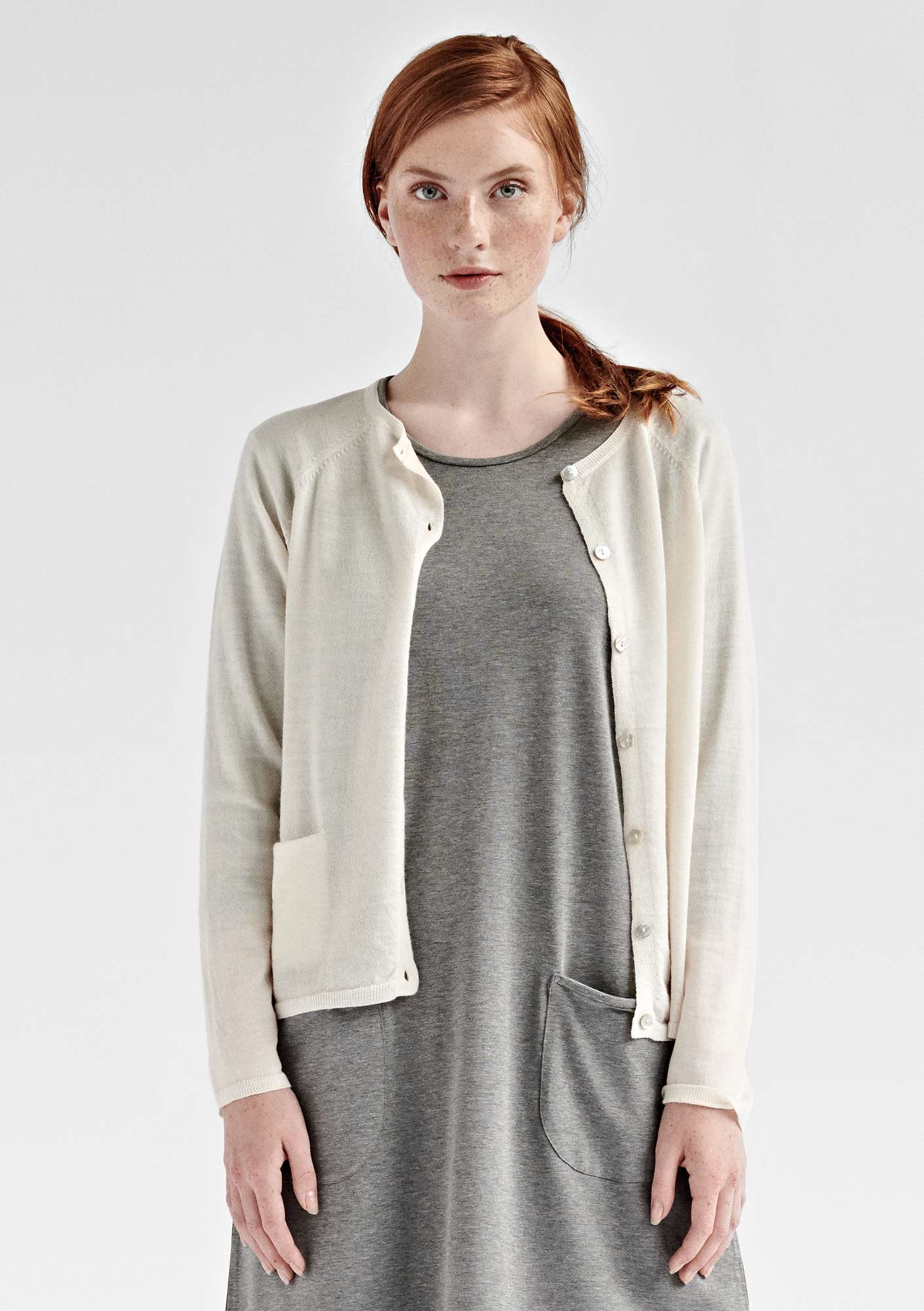 Brilliant cardigan in organic wool unbleached