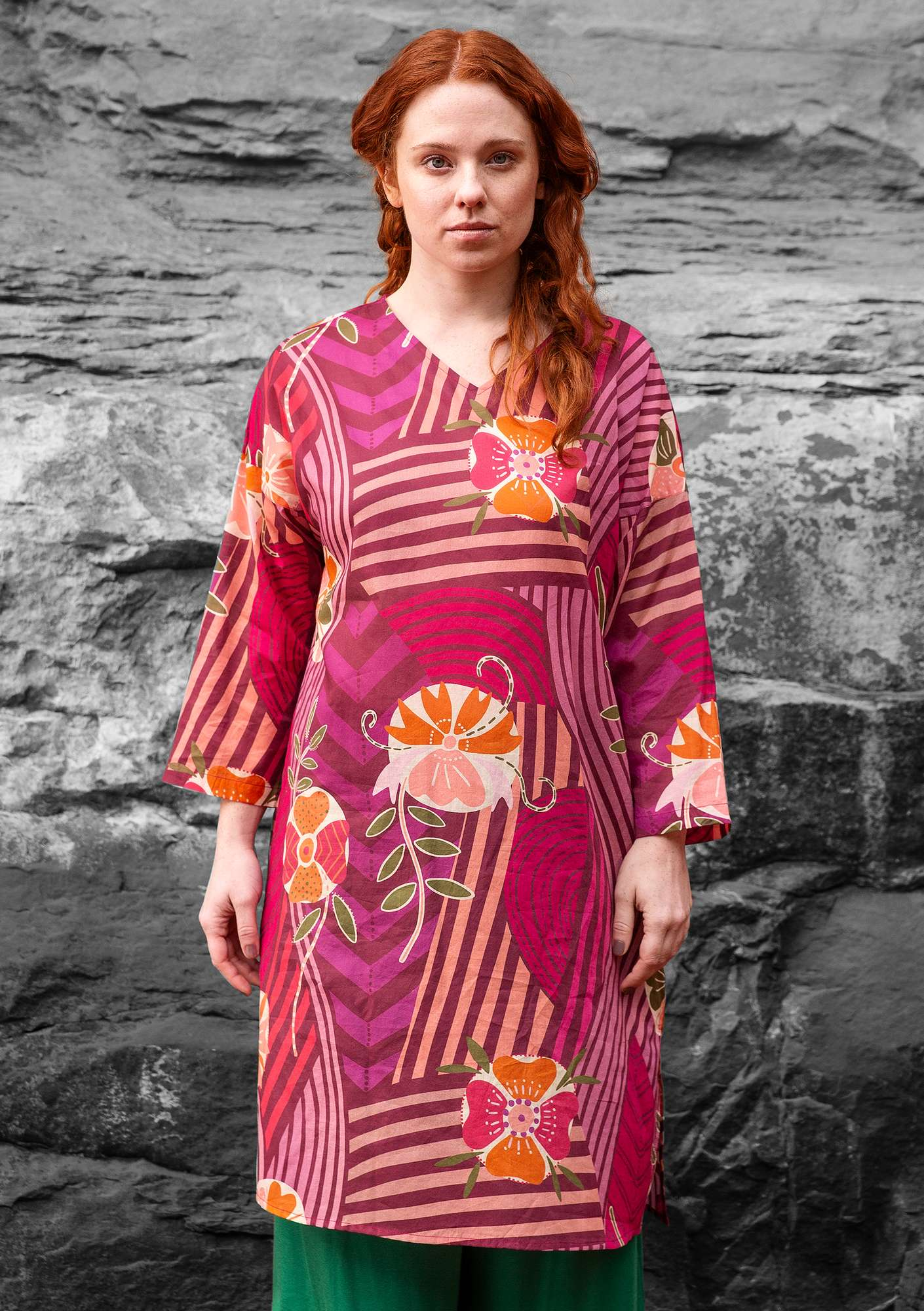 """Artistic"" dress in eco-cotton cyclamen"