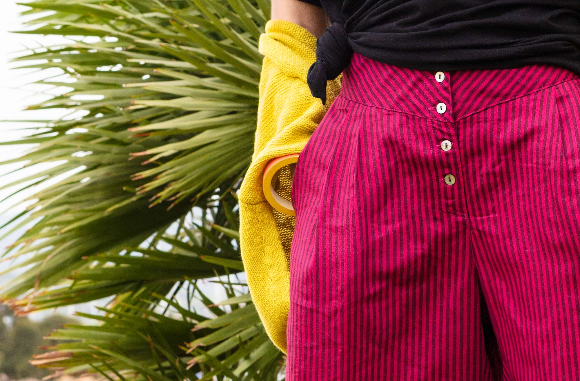 Narrow-striped lyocell/linen pants dark hibiscus