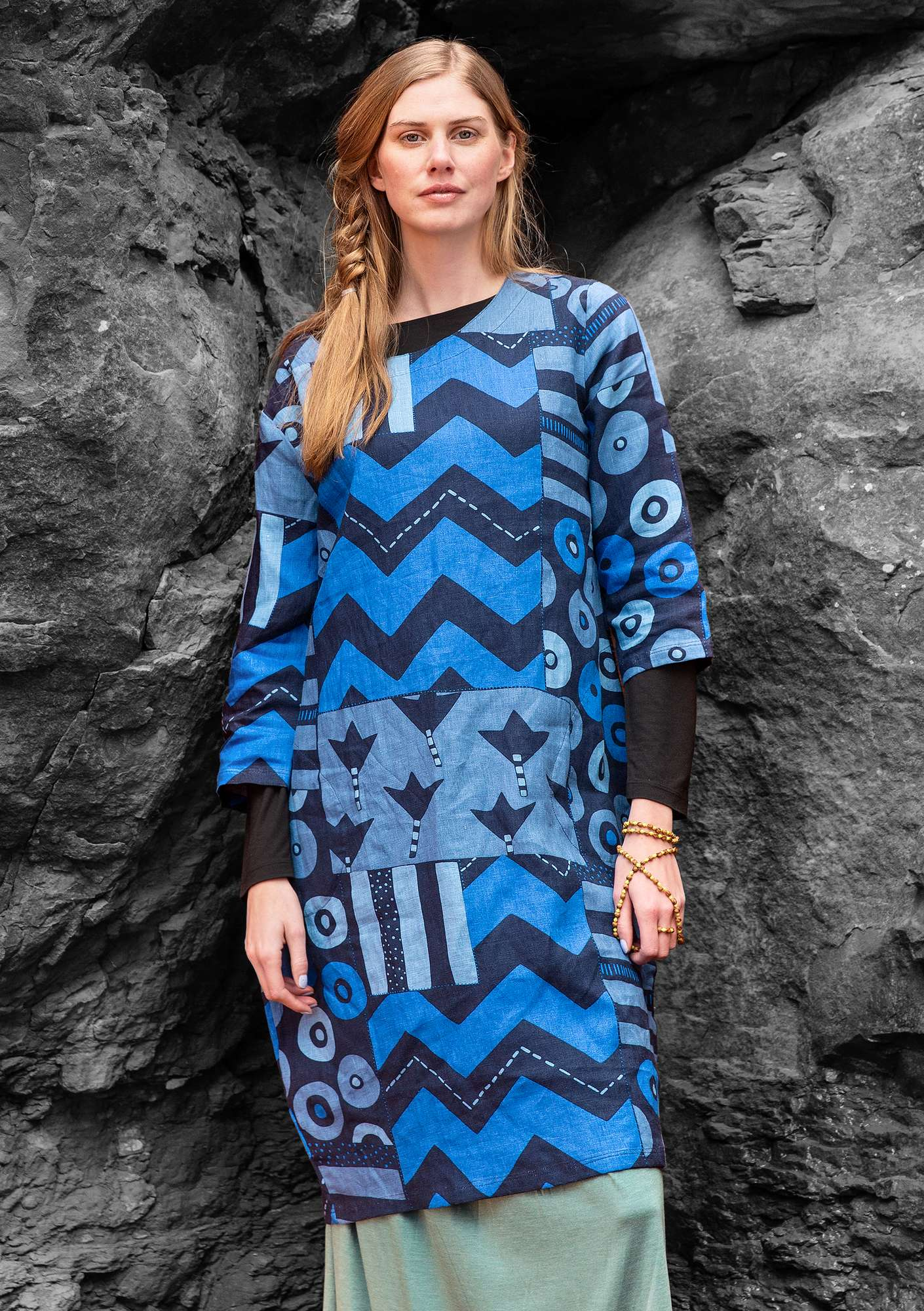 """Graphic"" linen dress dark indigo"