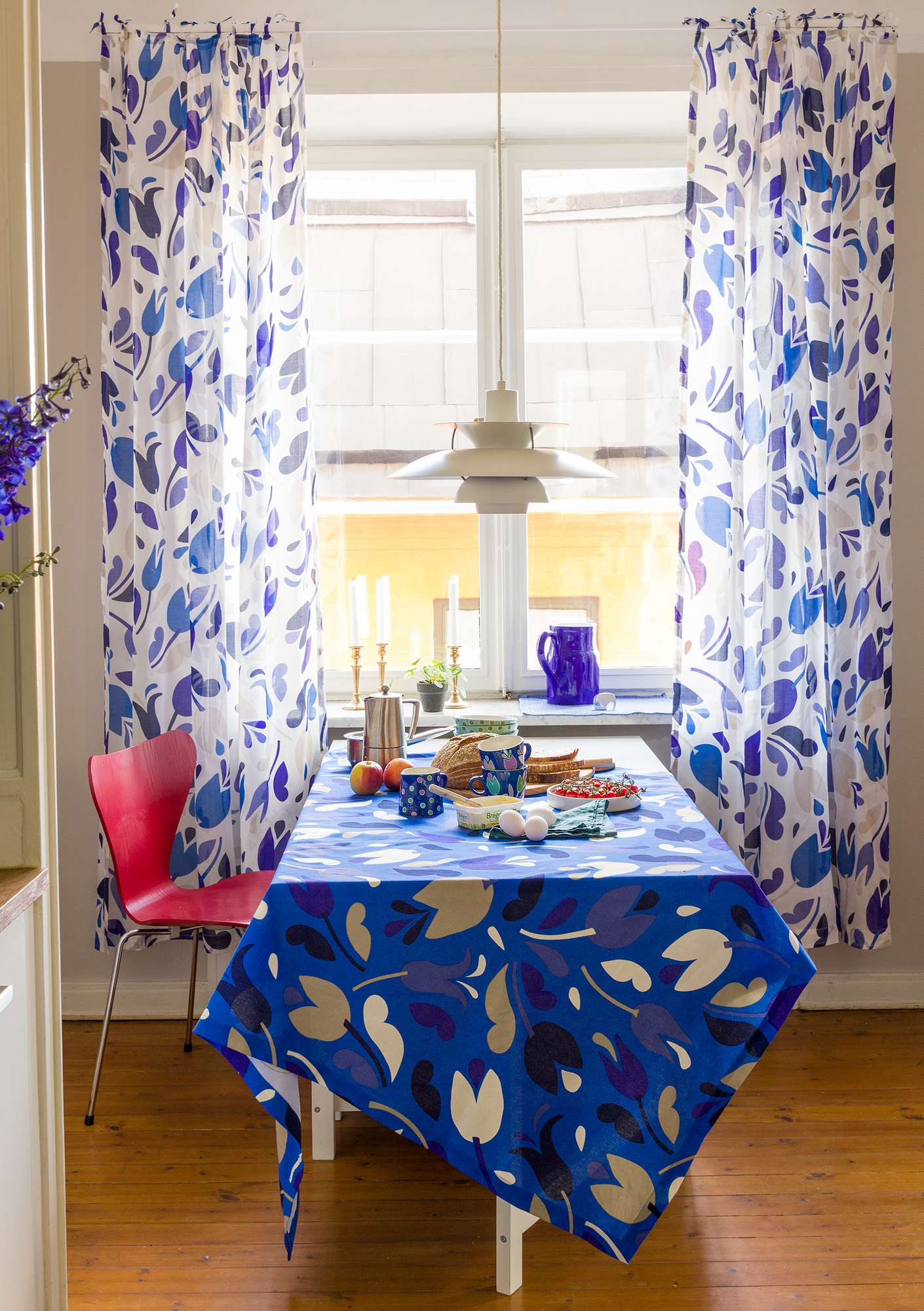 """Botanica"" organic cotton curtain cornflower blue"