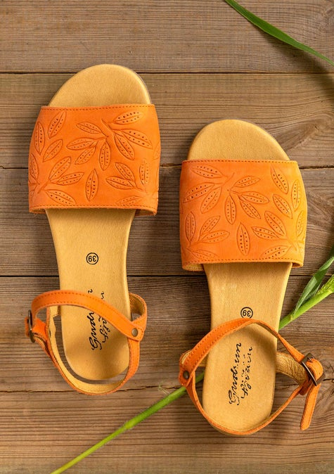 Savanna sandals rowan