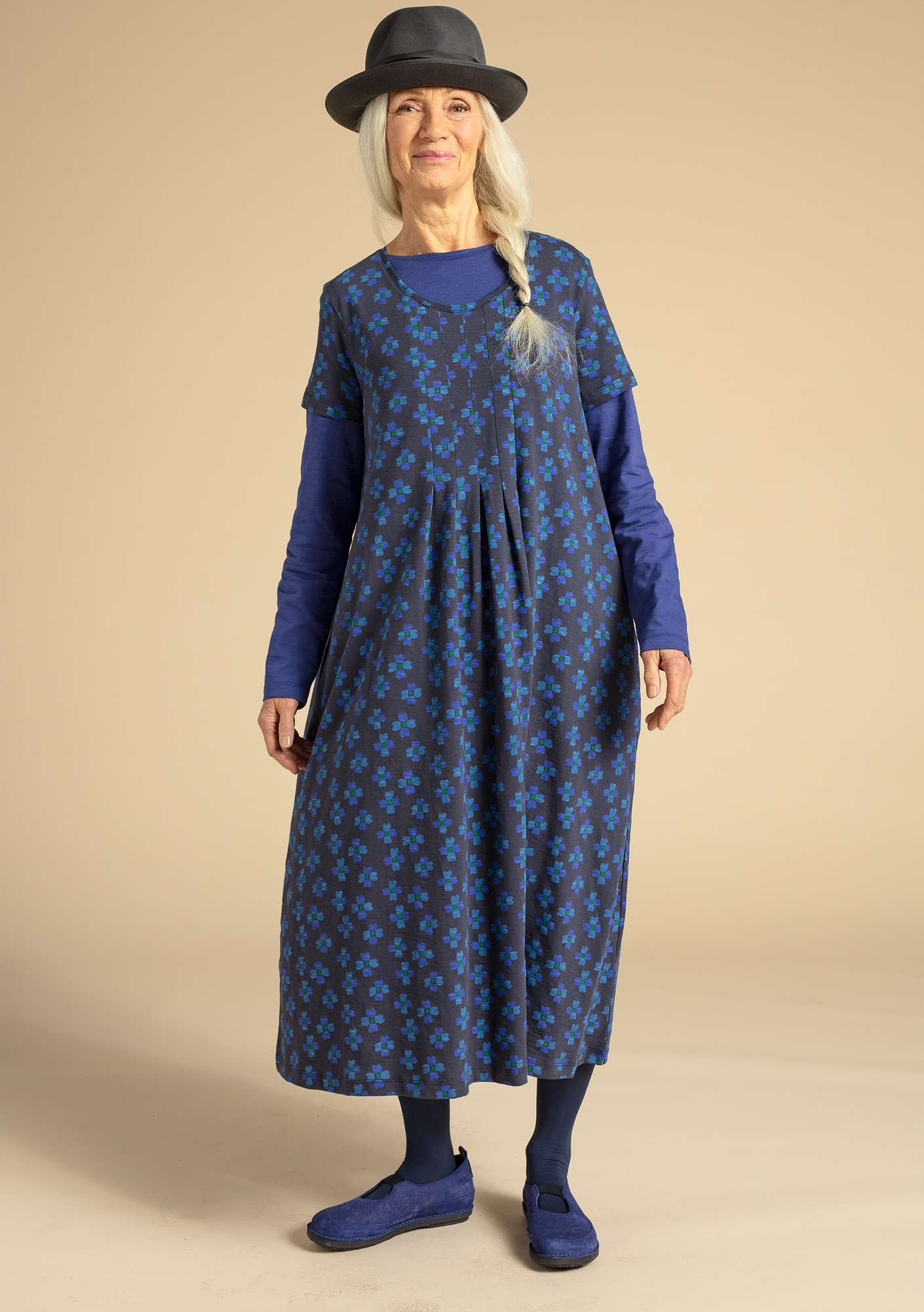 """Livia"" dress in eco-cotton ink blue/patterned"