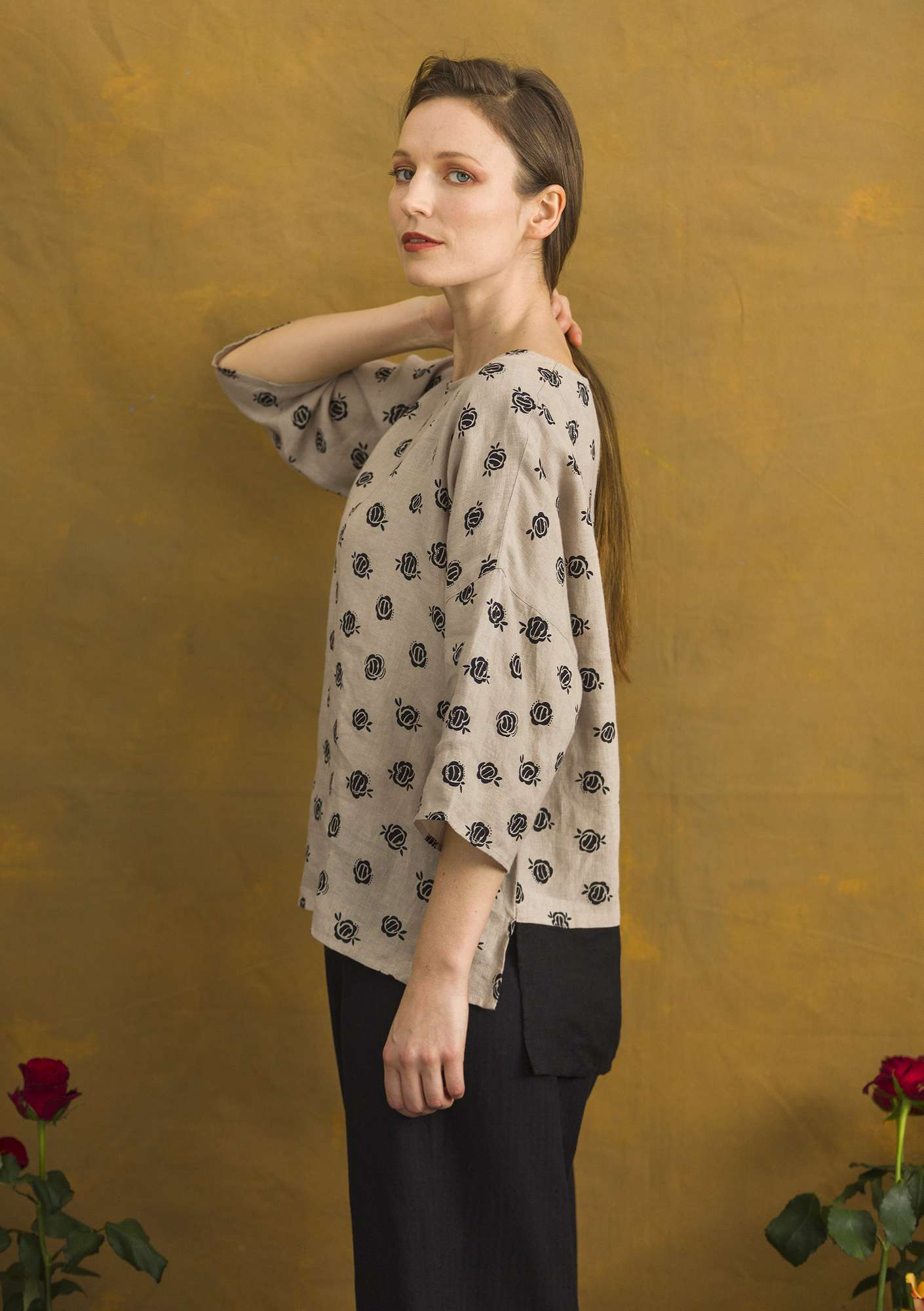 """Linros"" linen blouse dark natural/patterned"