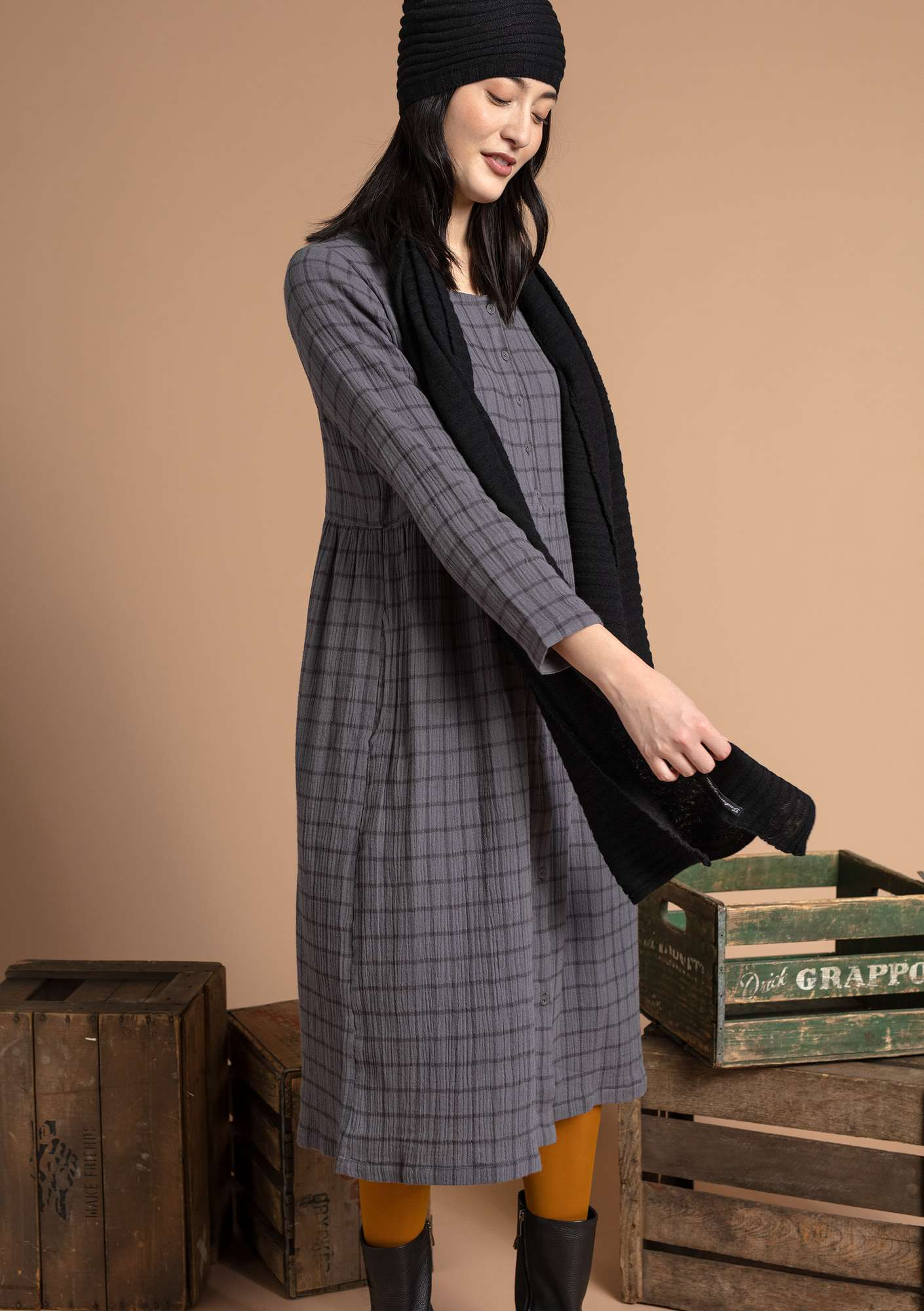 Dress in organic cotton graphite