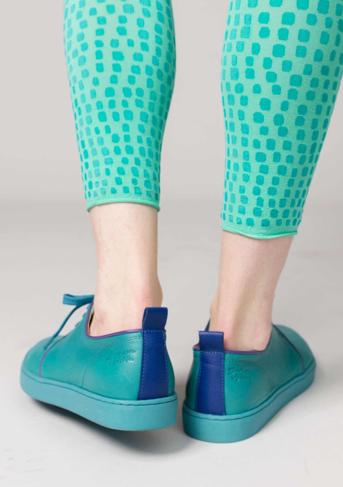Sneaker in nappa aqua green