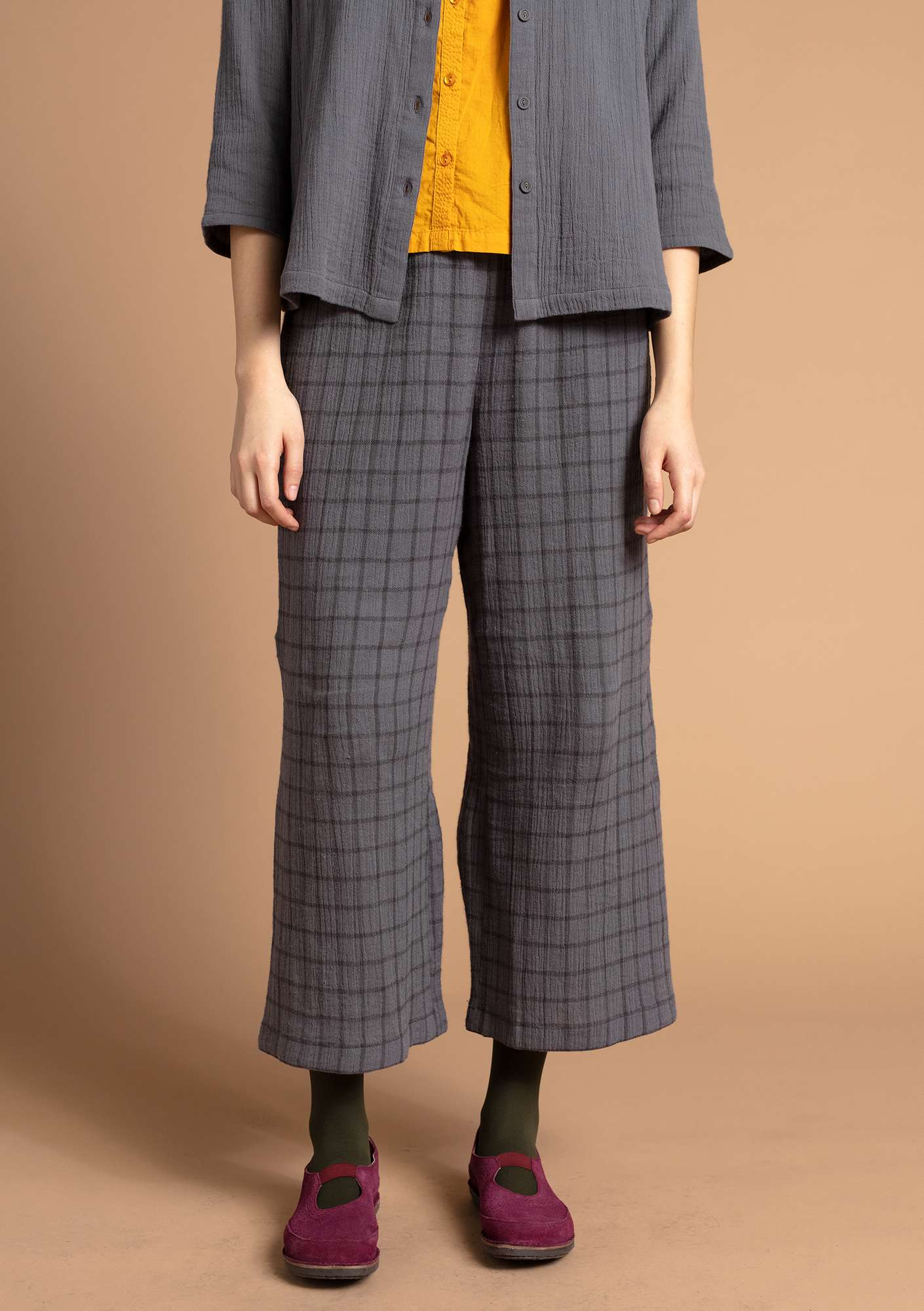 Checked trousers graphite