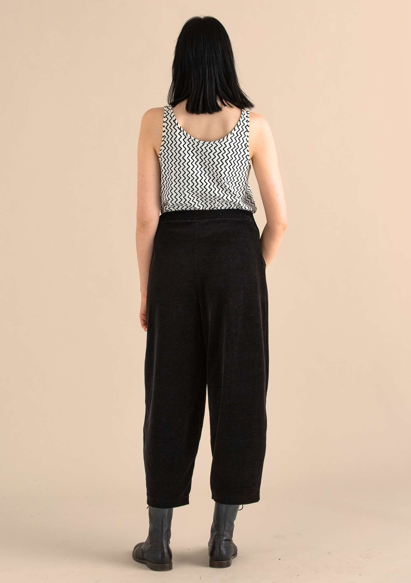 Velour pants in organic cotton/polyester black