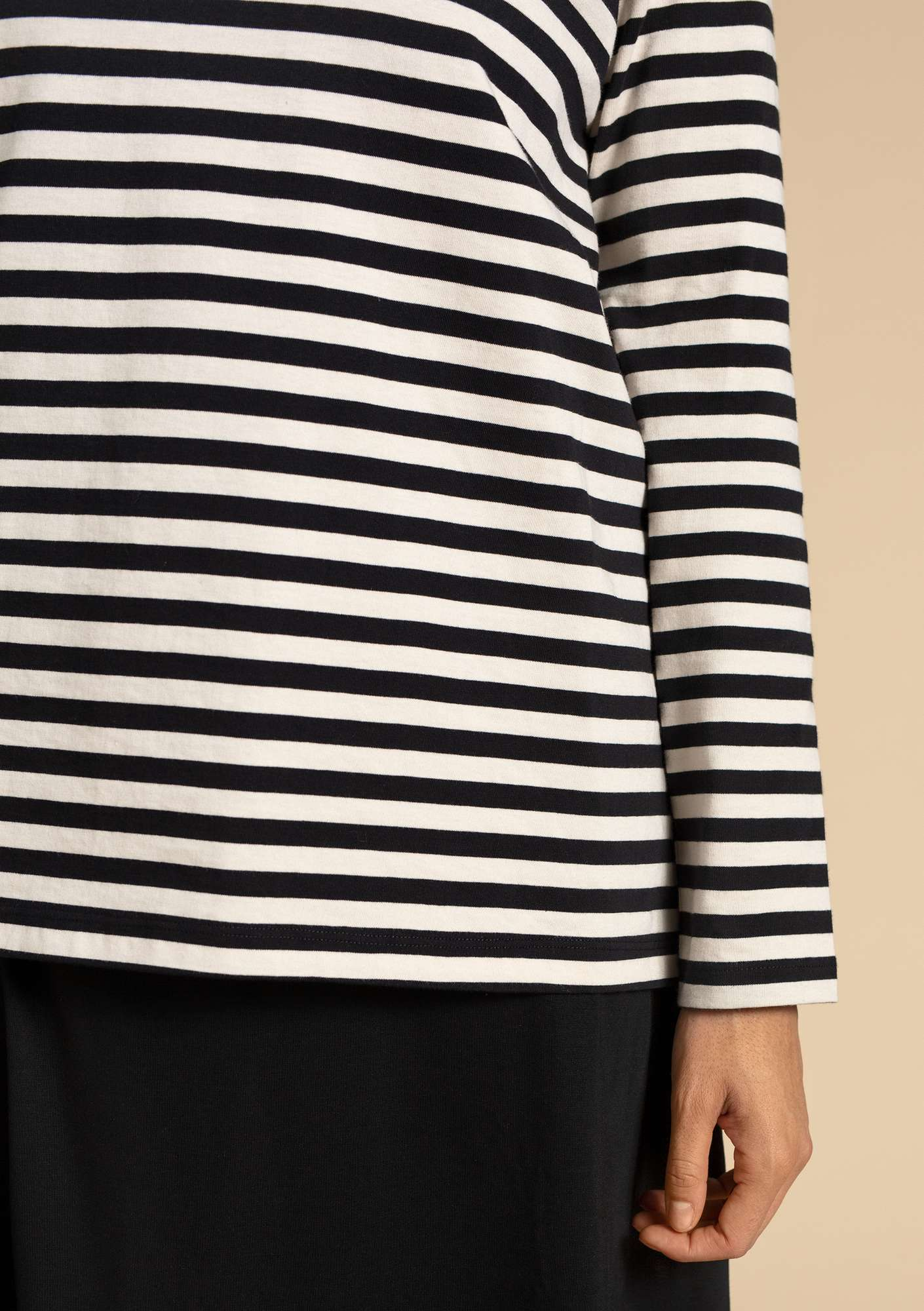 Basic striped shirt in organic cotton black/eggshell