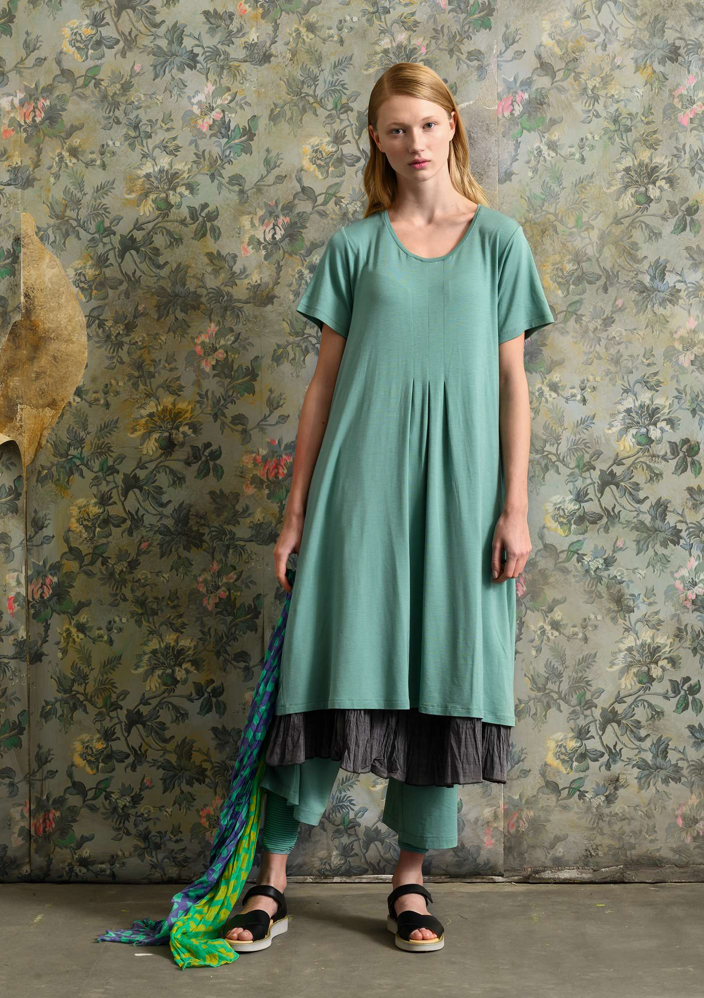Solid-colour dress artemisia