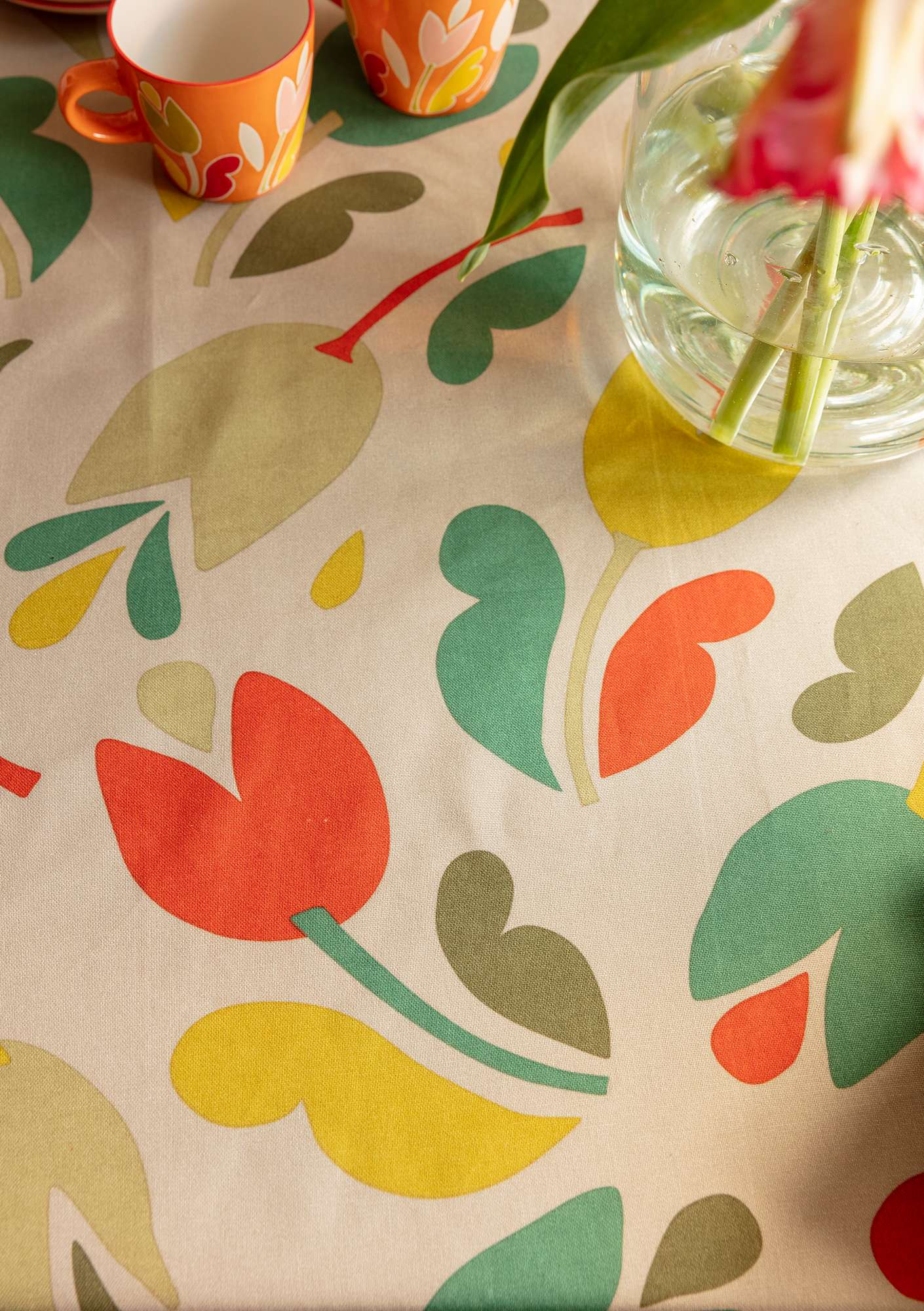 """Botanica"" organic cotton tablecloth dark nature"