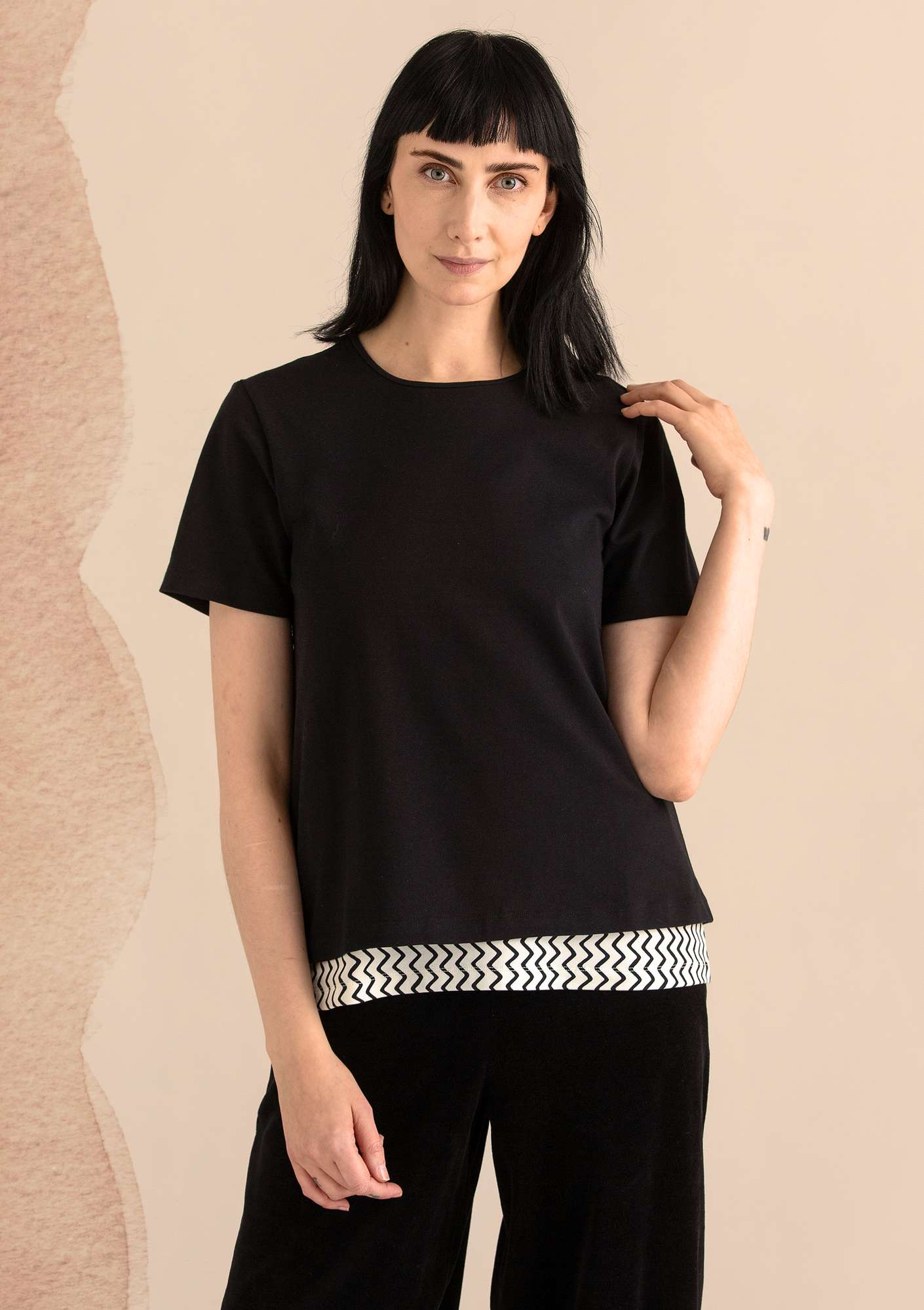 T-shirt in eco-cotton/spandex black