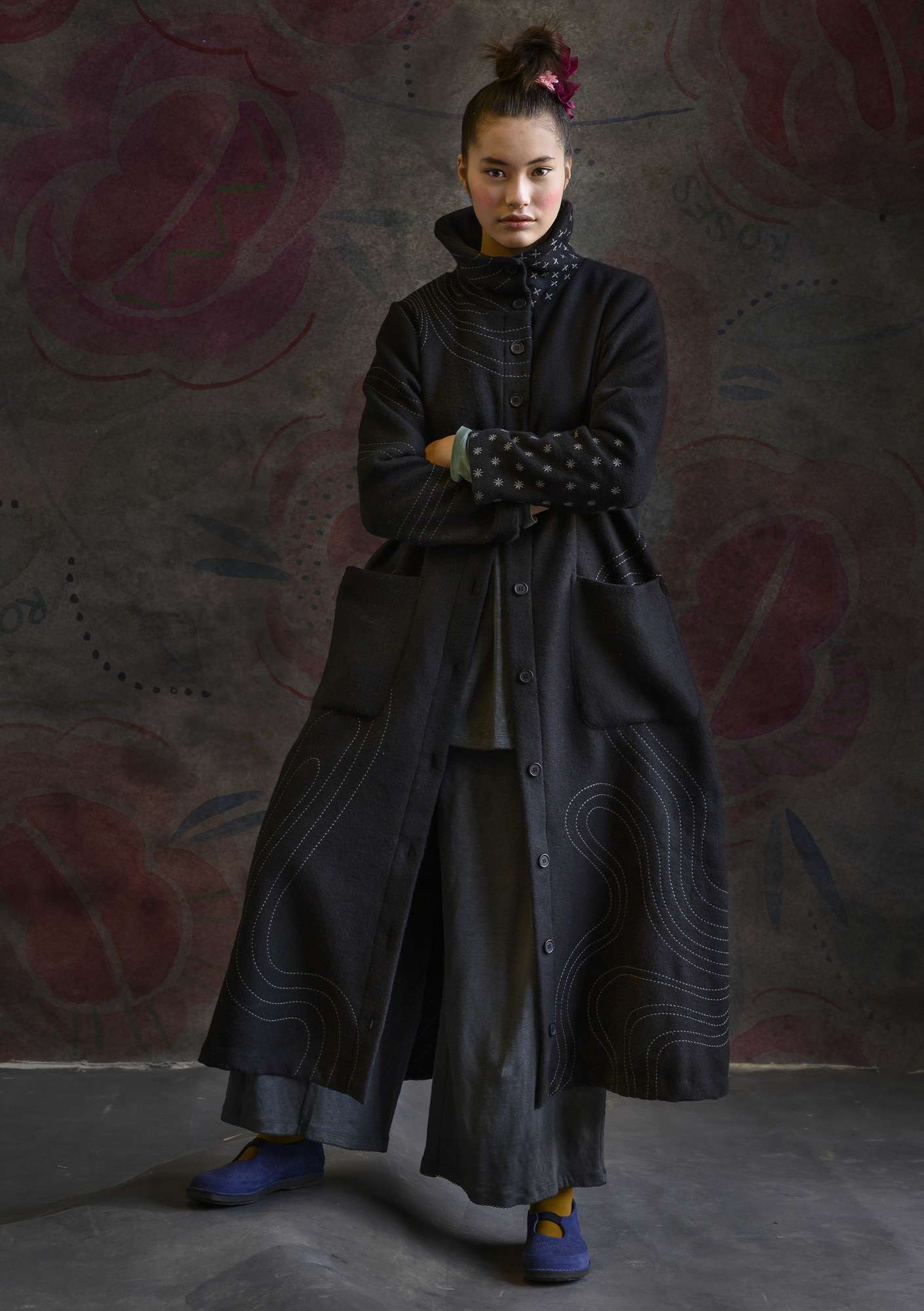 """Orion"" long wool coat black"