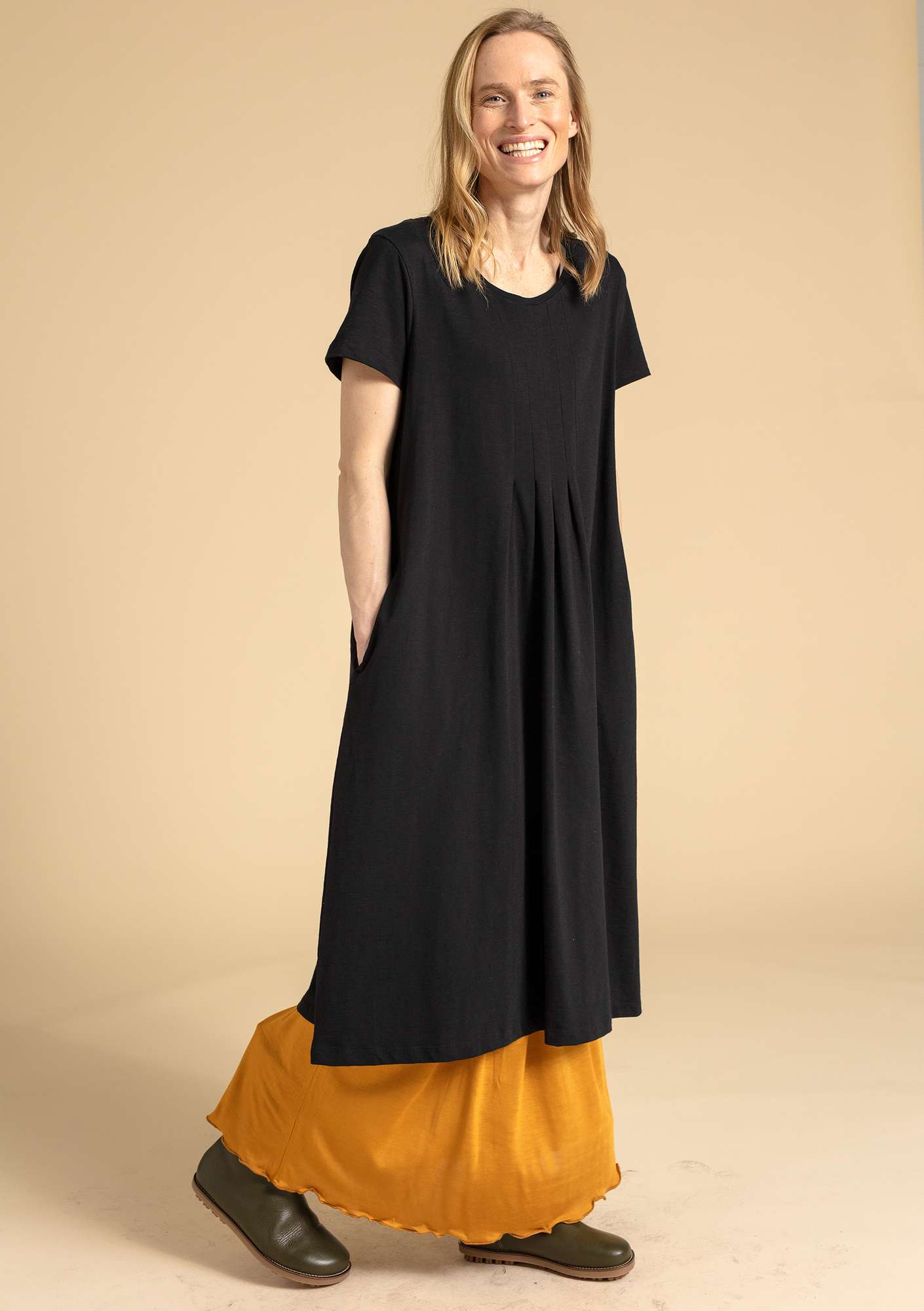 """Livia"" dress in organic cotton black"